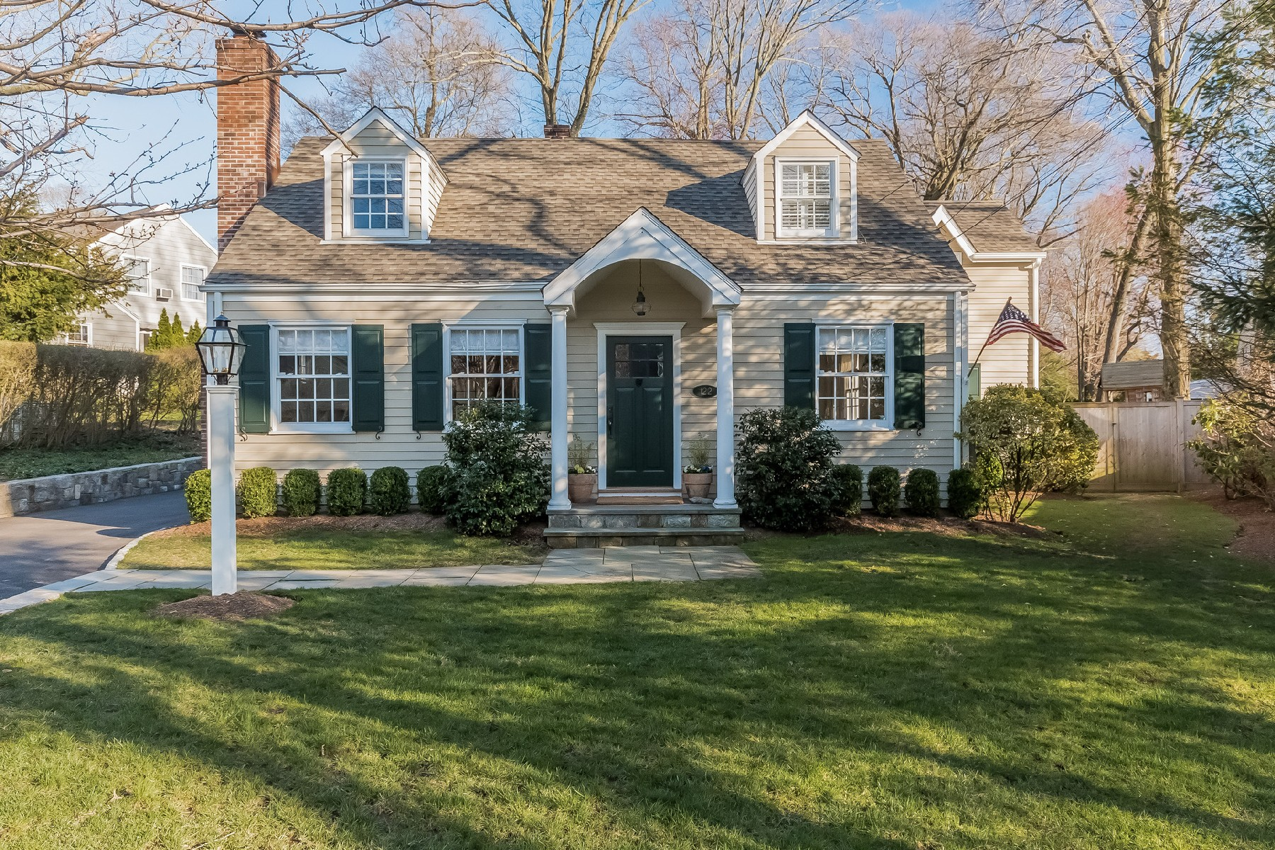 Single Family Home for Sale at Charming Convenience Equals Perfection 122 Hollow Tree Ridge Road Darien, Connecticut, 06820 United States