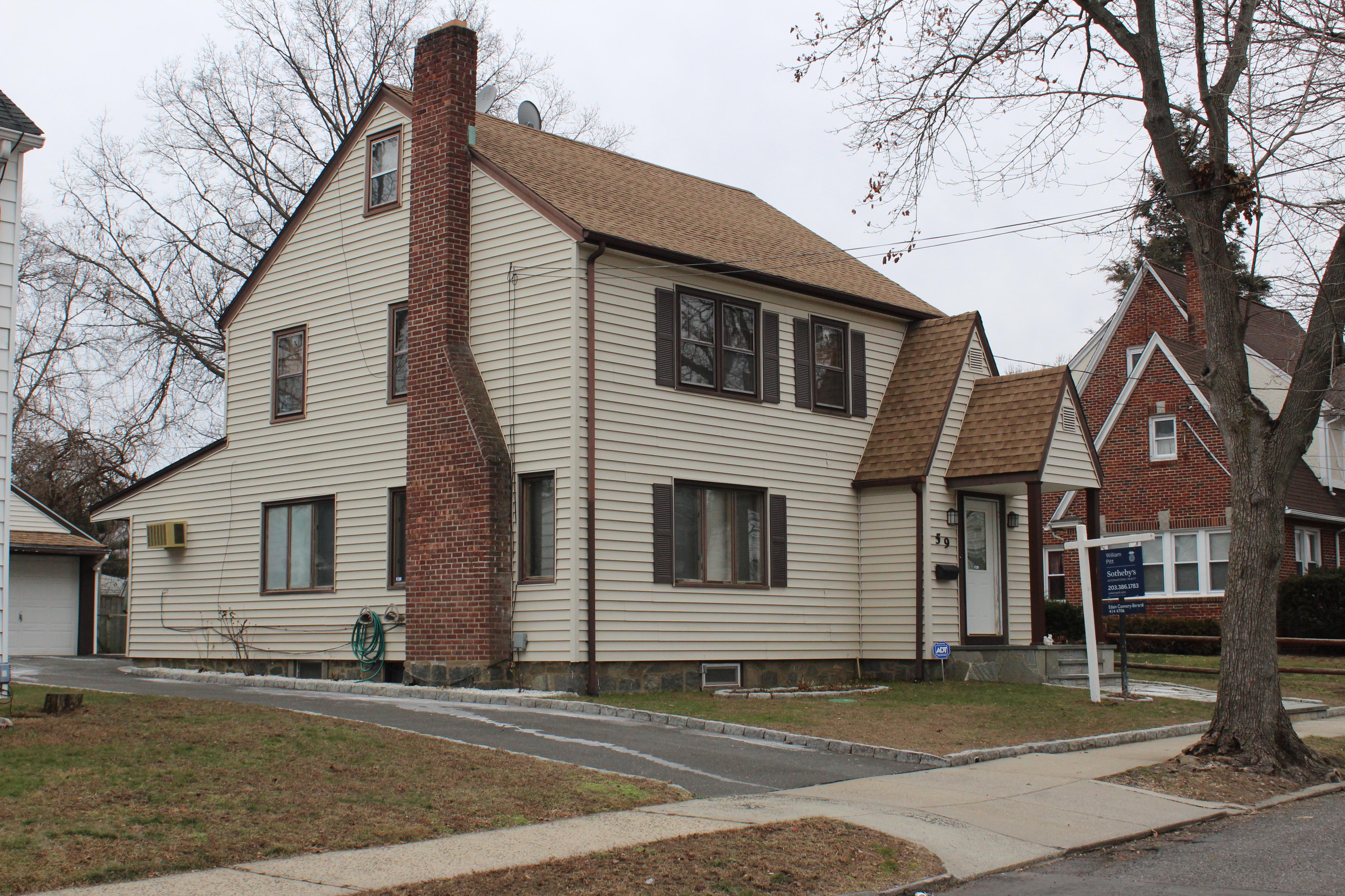 Moradia para Venda às Immaculate Home 59 Cornell Street Bridgeport, Connecticut, 06606 Estados Unidos