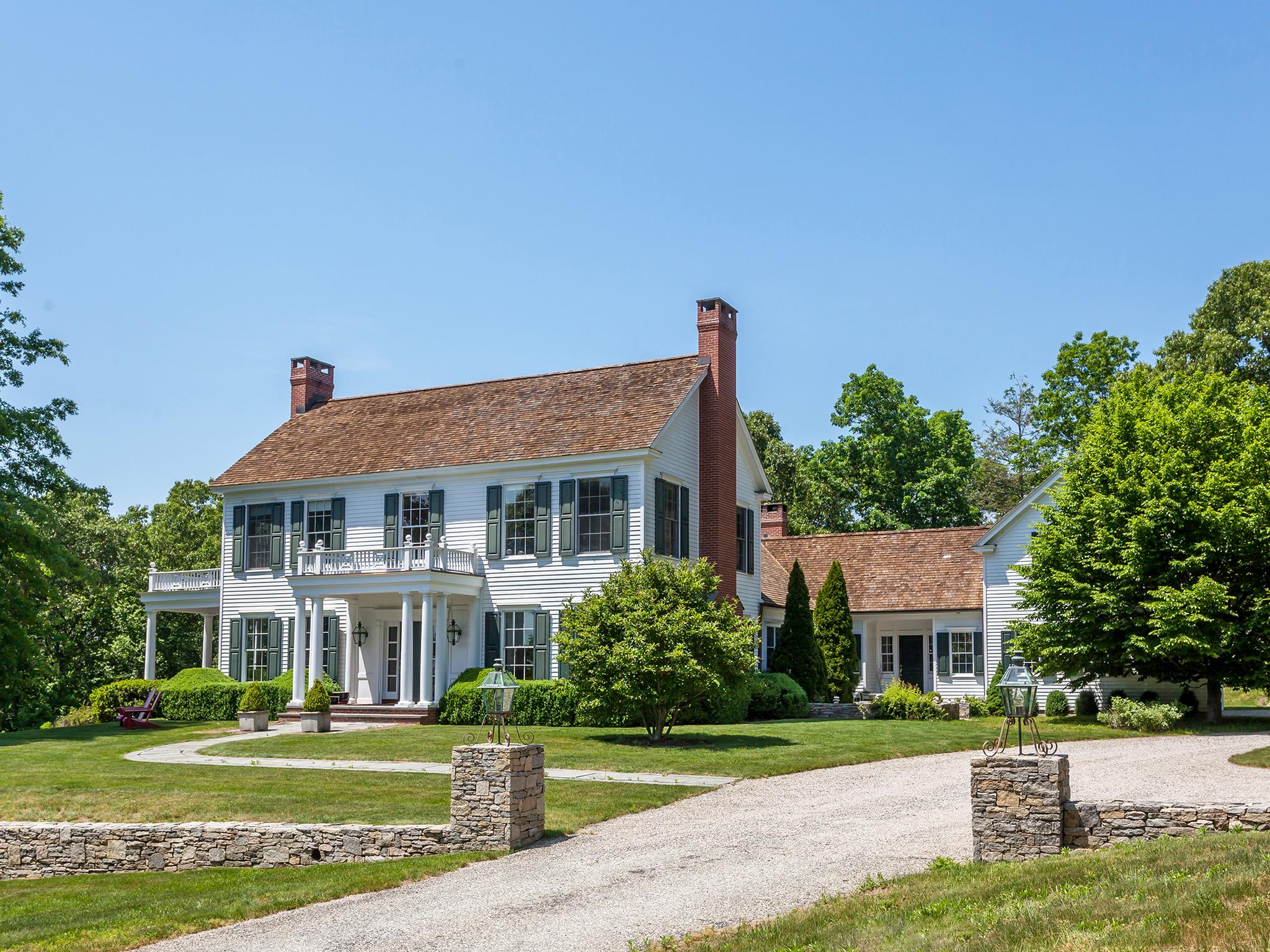 独户住宅 为 销售 在 21st Century Colonial 36 Southbury Rd 罗克斯伯里, 康涅狄格州 06783 美国