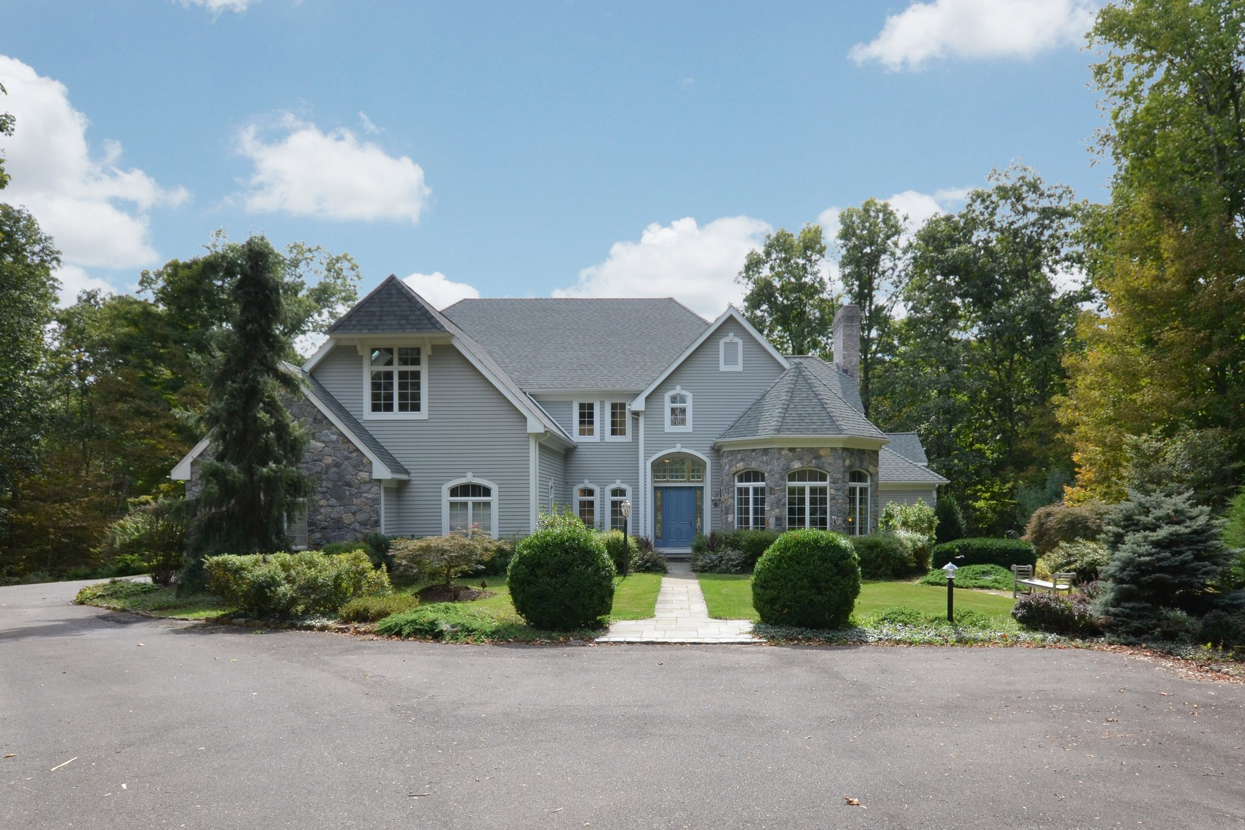 Single Family Home for Sale at Stone & Clapboard Residence 22 Diamond Hill Road Redding, Connecticut, 06896 United States