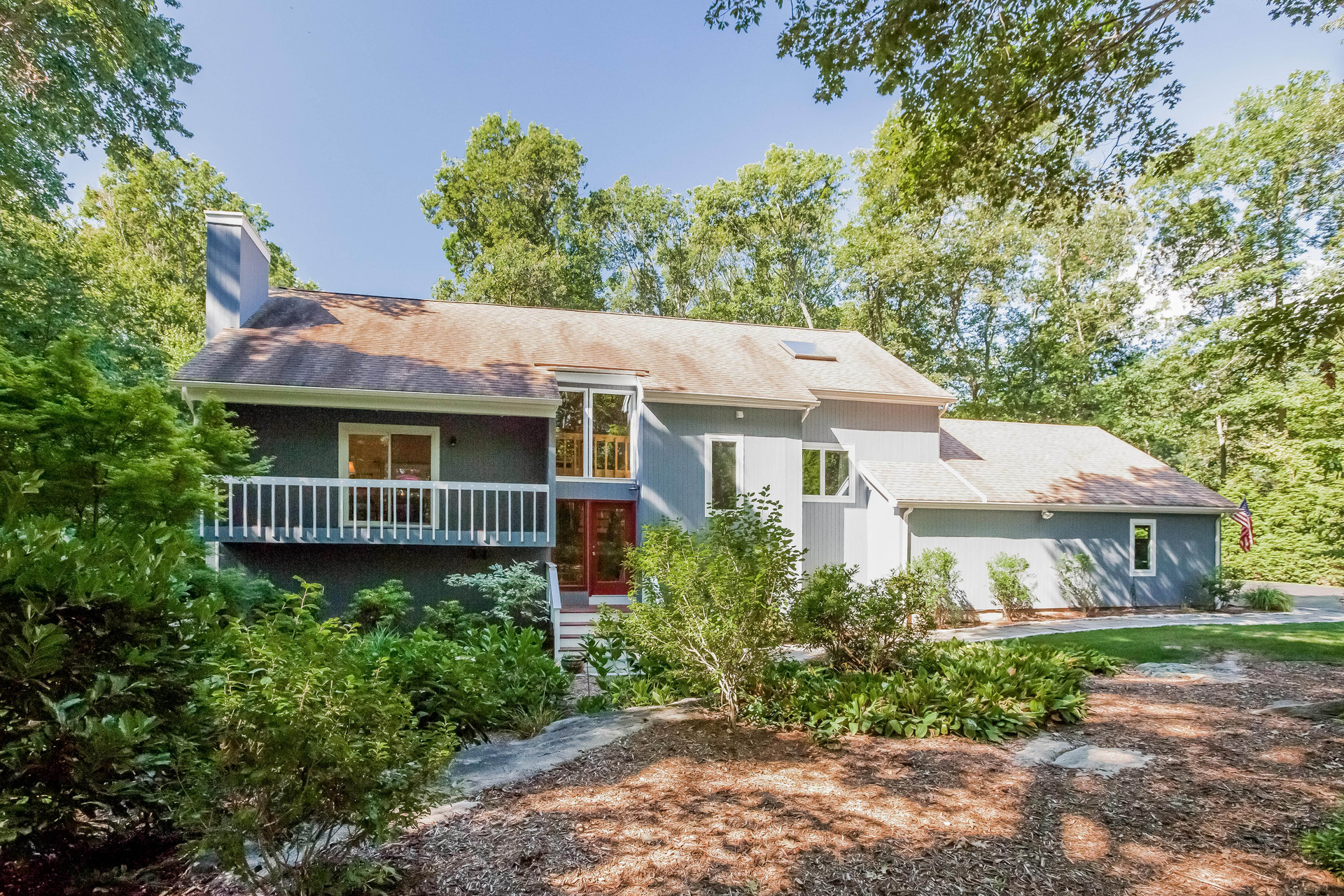 Single Family Home for Sale at 312 Peddlers Rd Guilford, Connecticut, 06437 United States