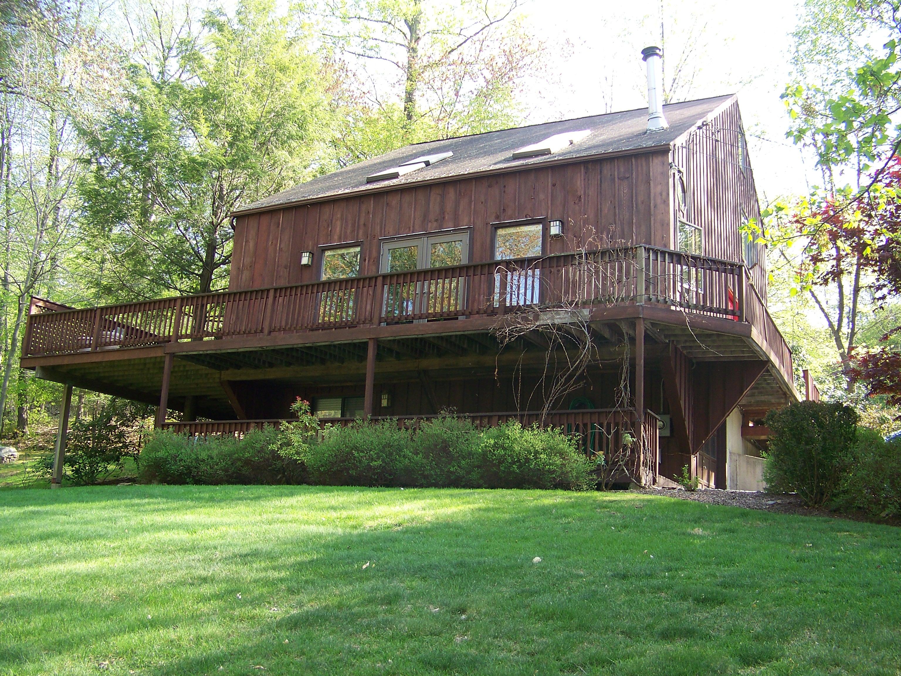 단독 가정 주택 용 매매 에 Enjoy Lake Living 3 11th Lane Ridgefield, 코네티컷, 06877 미국