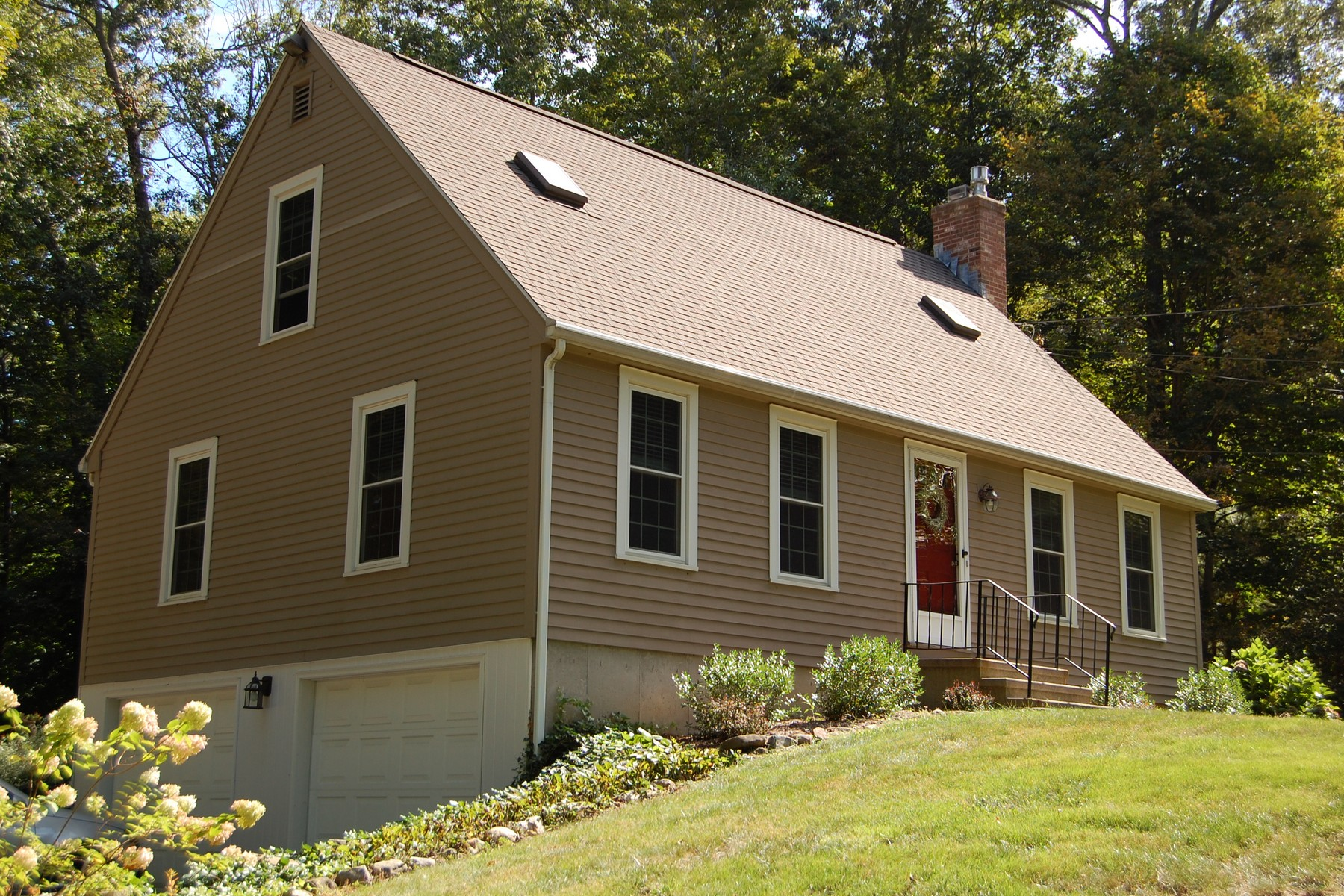 Property For Sale at Close to Everything Centerbrook & Essex Has to Offer