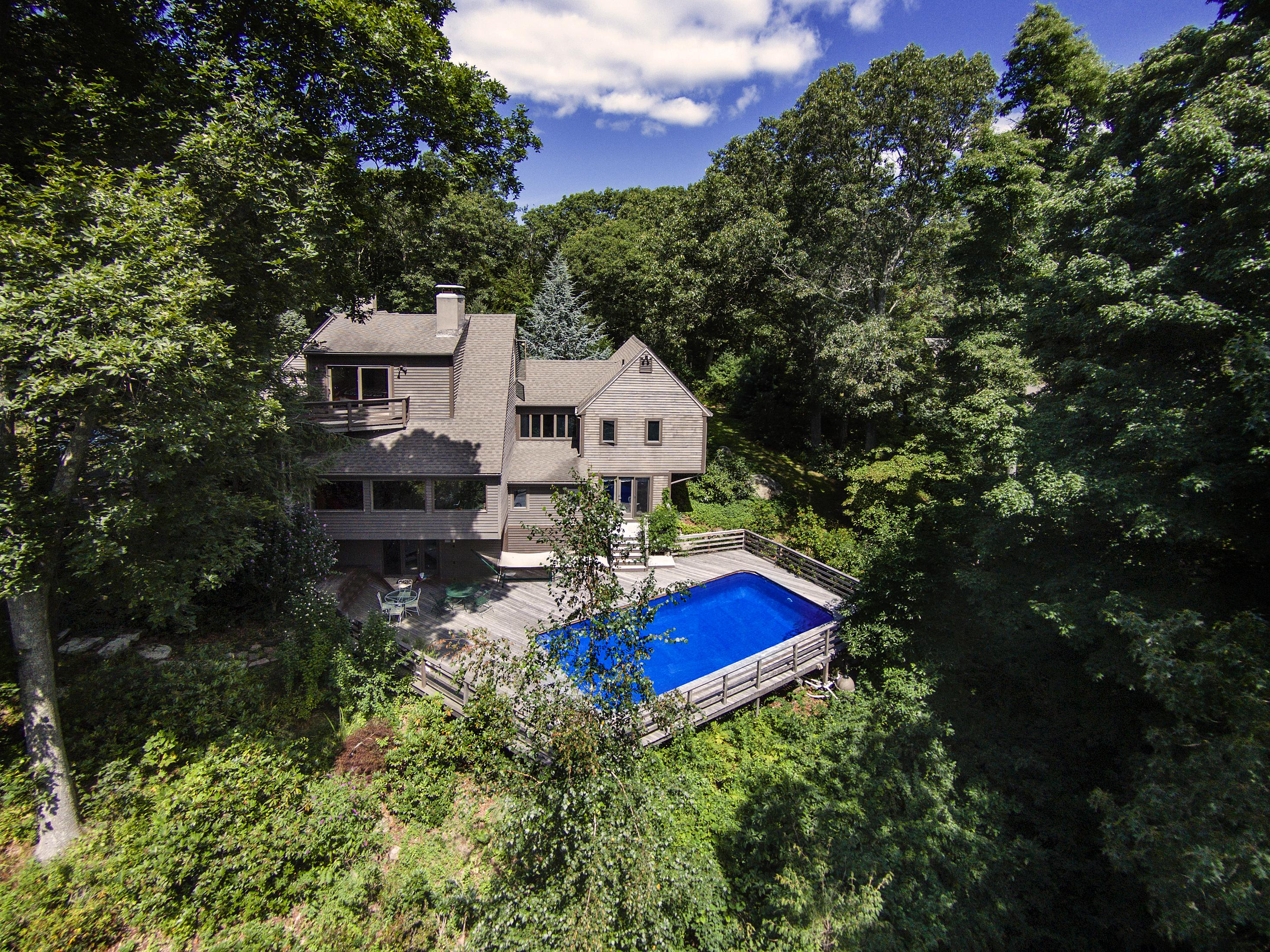 Single Family Home for Sale at 91 Three Corners Rd Guilford, Connecticut, 06437 United States
