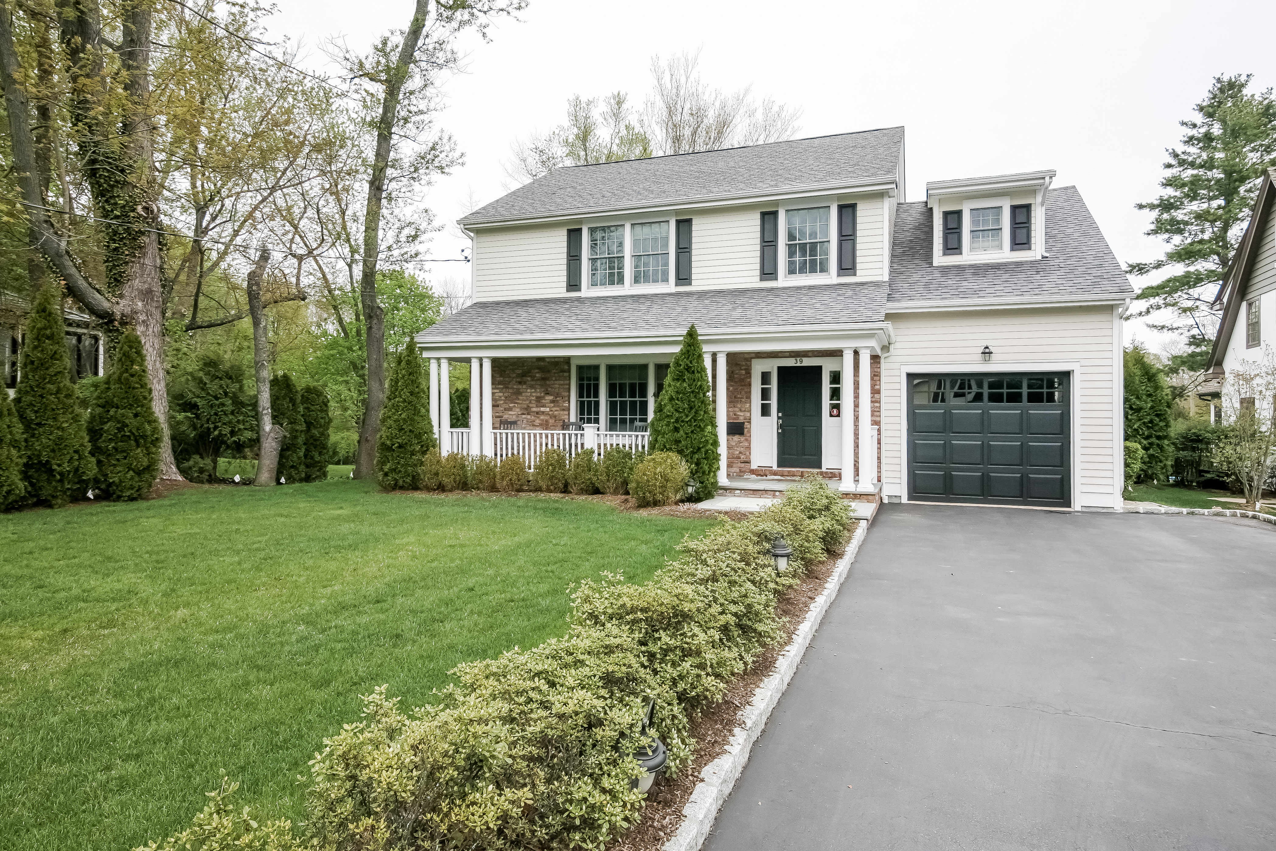 sales property at Extraordinary Colonial