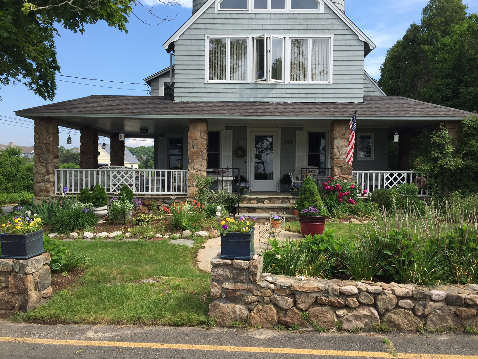 sales property at Sachems Head Association