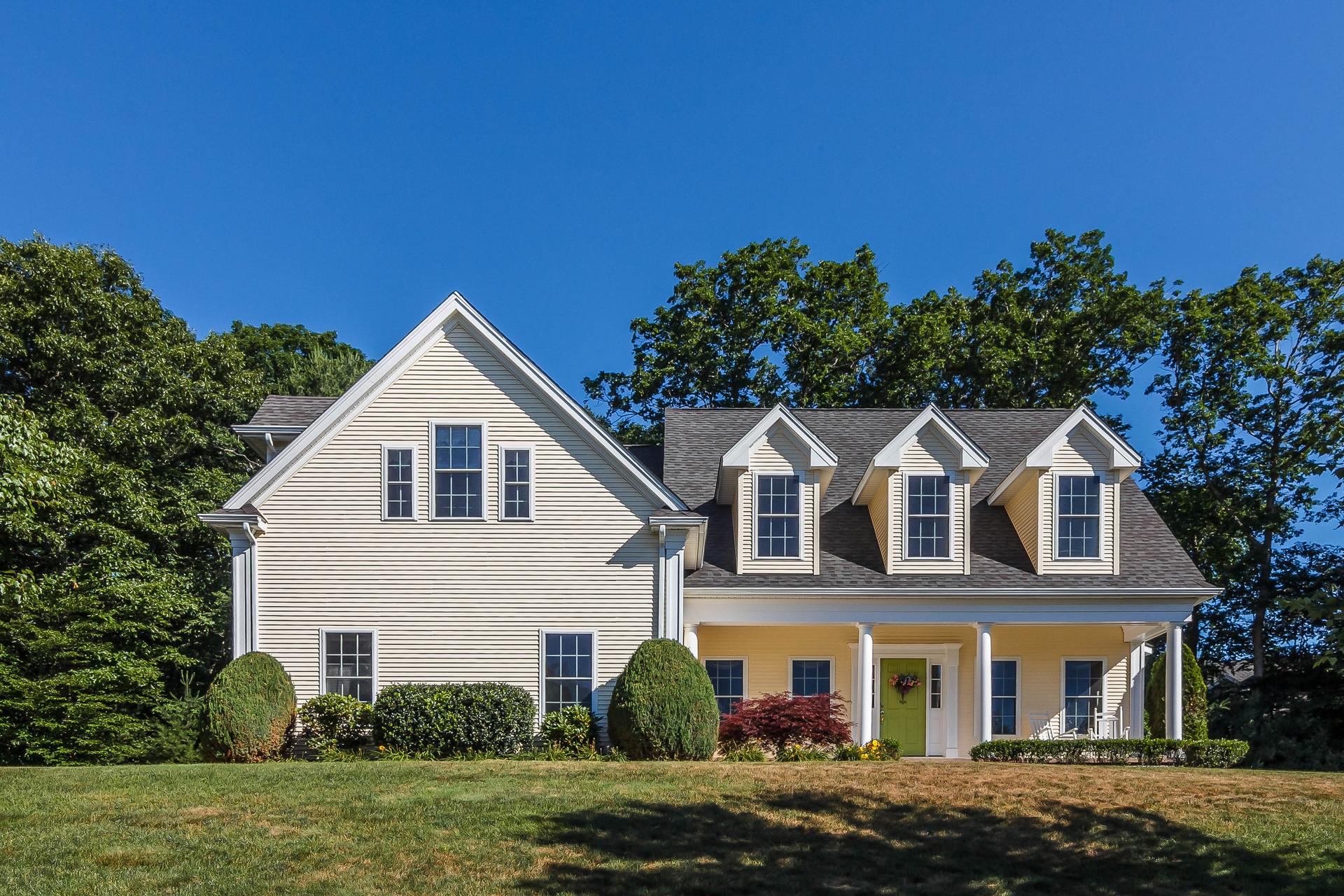 Casa Unifamiliar por un Venta en 81 Beekman Pl Madison, Connecticut, 06443 Estados Unidos