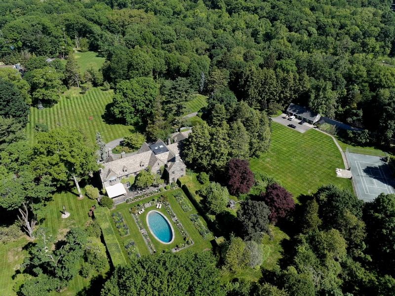 Разнобразная частная недвижимость для того Продажа на Country Estate 7 Sky Meadow Farm Purchase, Нью-Йорк 10577 Соединенные Штаты