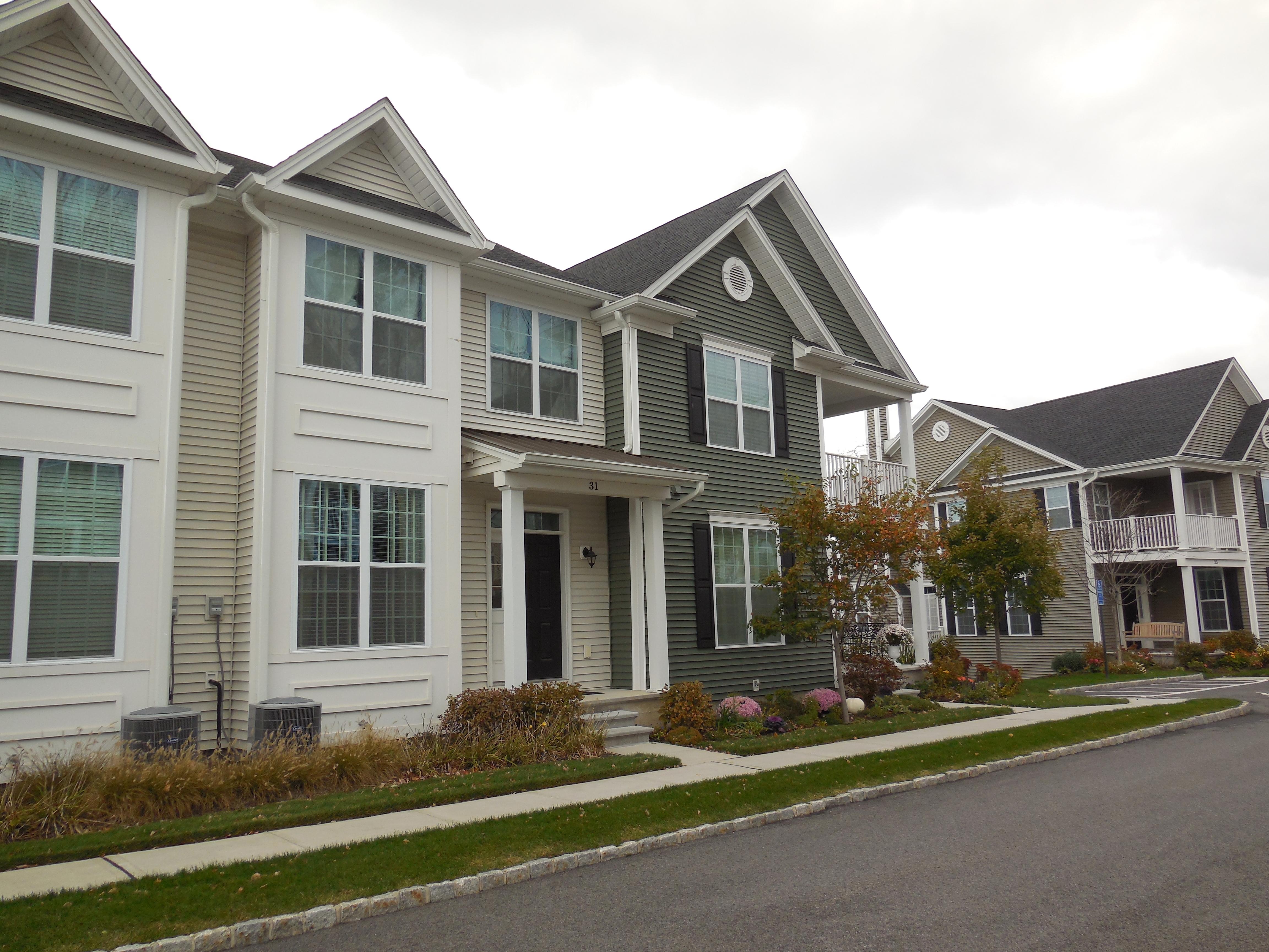 多棟聯建住宅 為 出售 在 Rivington Townhouse 31 Warrington Round 31 Danbury, 康涅狄格州, 06810 美國