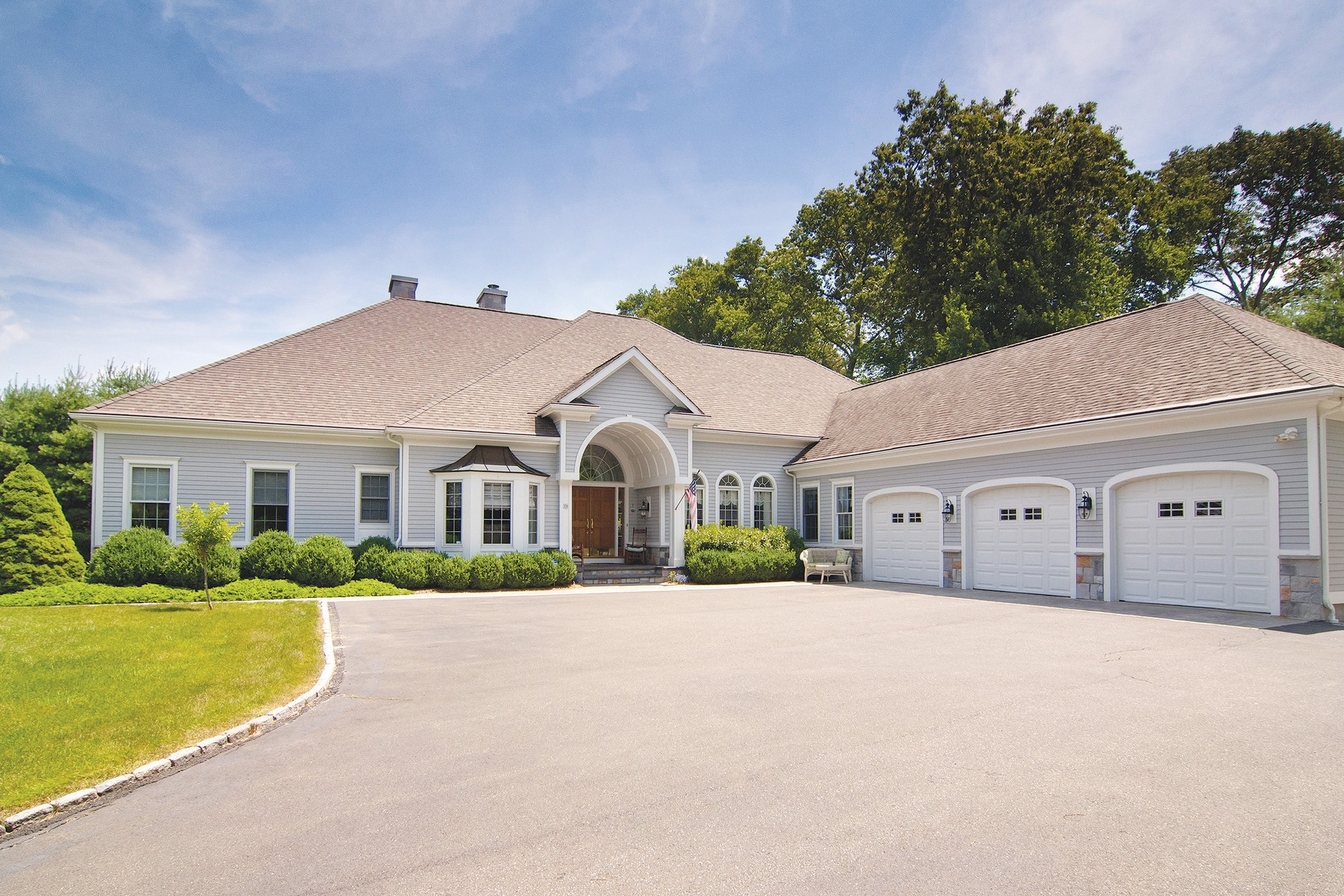 Single Family Home for Sale at Coastal Style Ranch 39 Winterberry Rd Deep River, Connecticut 06417 United States