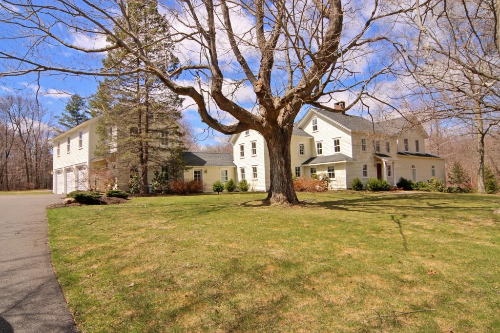 """Maison unifamiliale pour l Vente à """"Seymour Farm"""" 261 Wilton Road West Ridgefield, Connecticut 06877 États-Unis"""