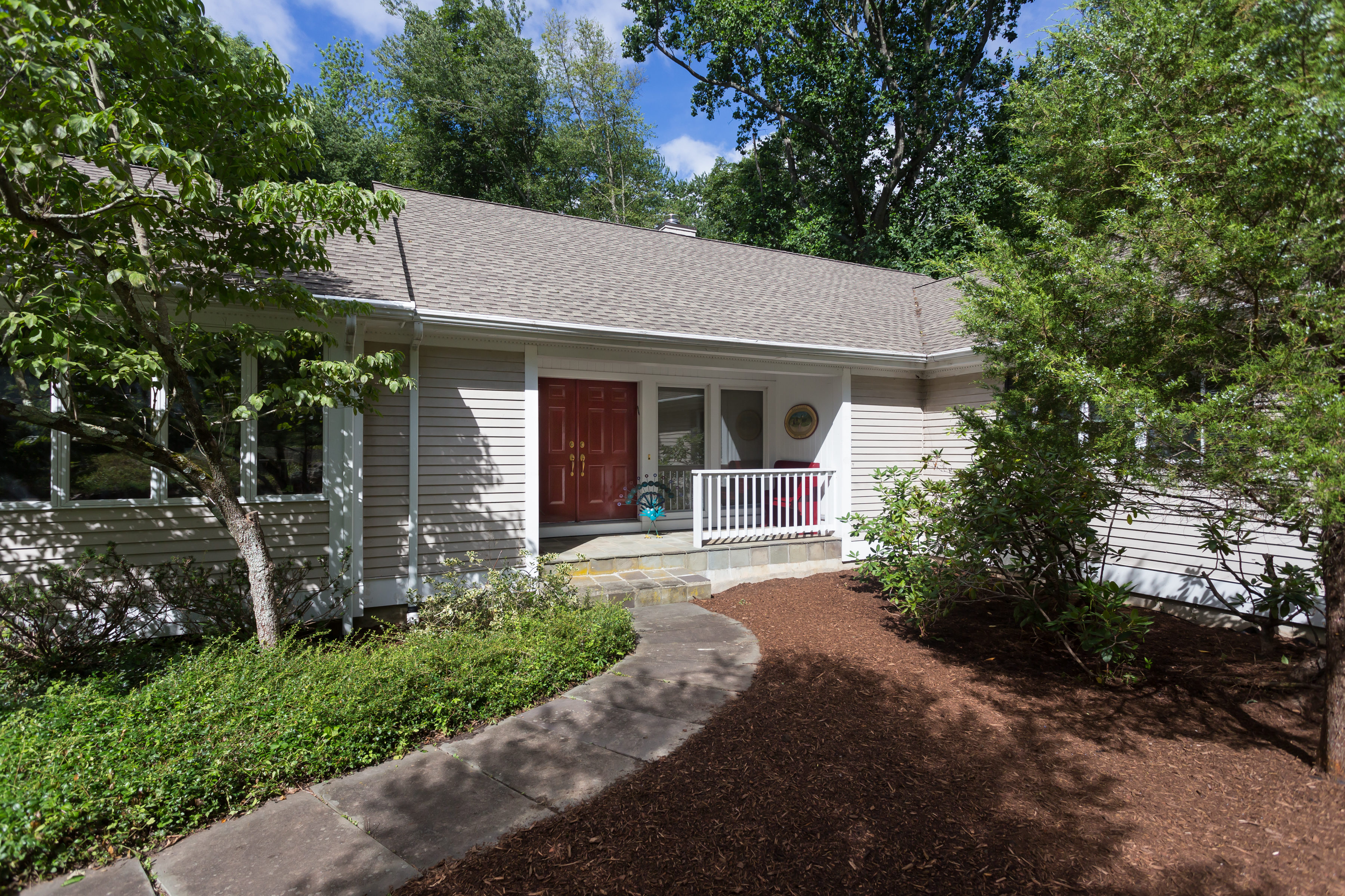 Single Family Home for Sale at North Stamford Ranch 856 Rock Rimmon Road Stamford, Connecticut, 06903 United States