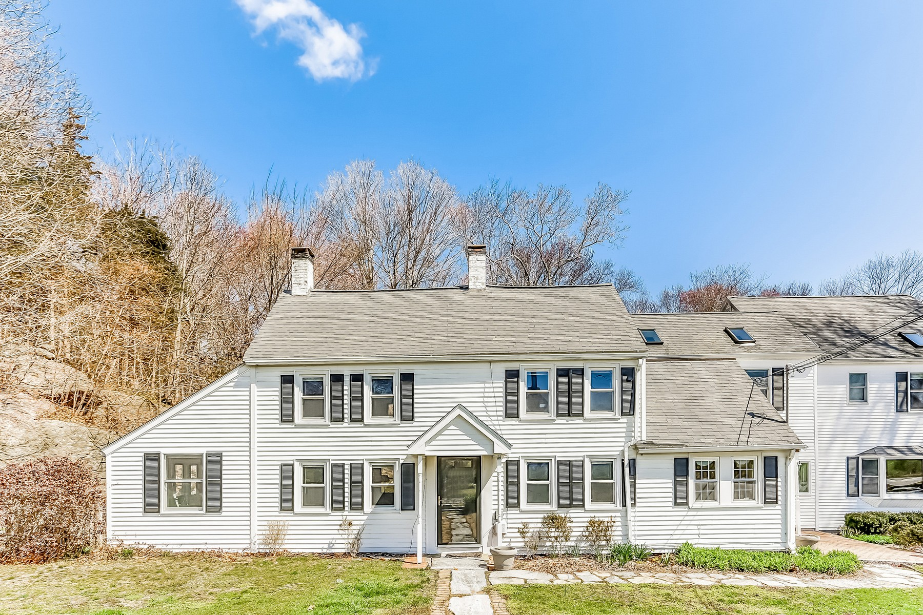 sales property at Spacious colonial in the Village of Old Lyme