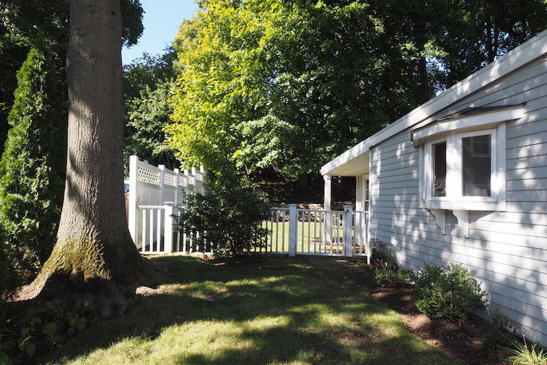 Property Of Cove Colonial Rental