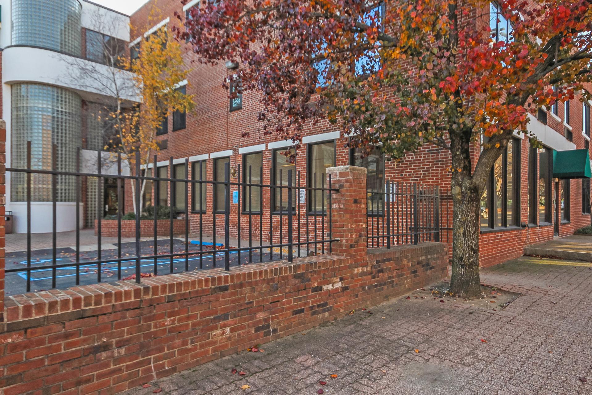Appartement en copropriété pour l Vente à Live the SoNo Lifestyle 32 Haviland Street 307 Norwalk, Connecticut, 06854 États-Unis