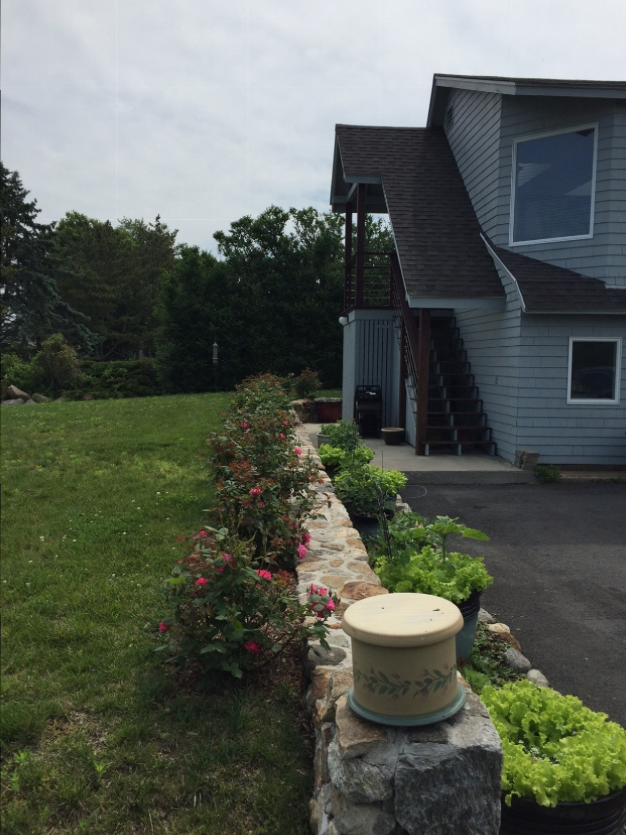 Additional photo for property listing at Sachems Head Association 149 Prospect Ave Guilford, Connecticut 06437 United States