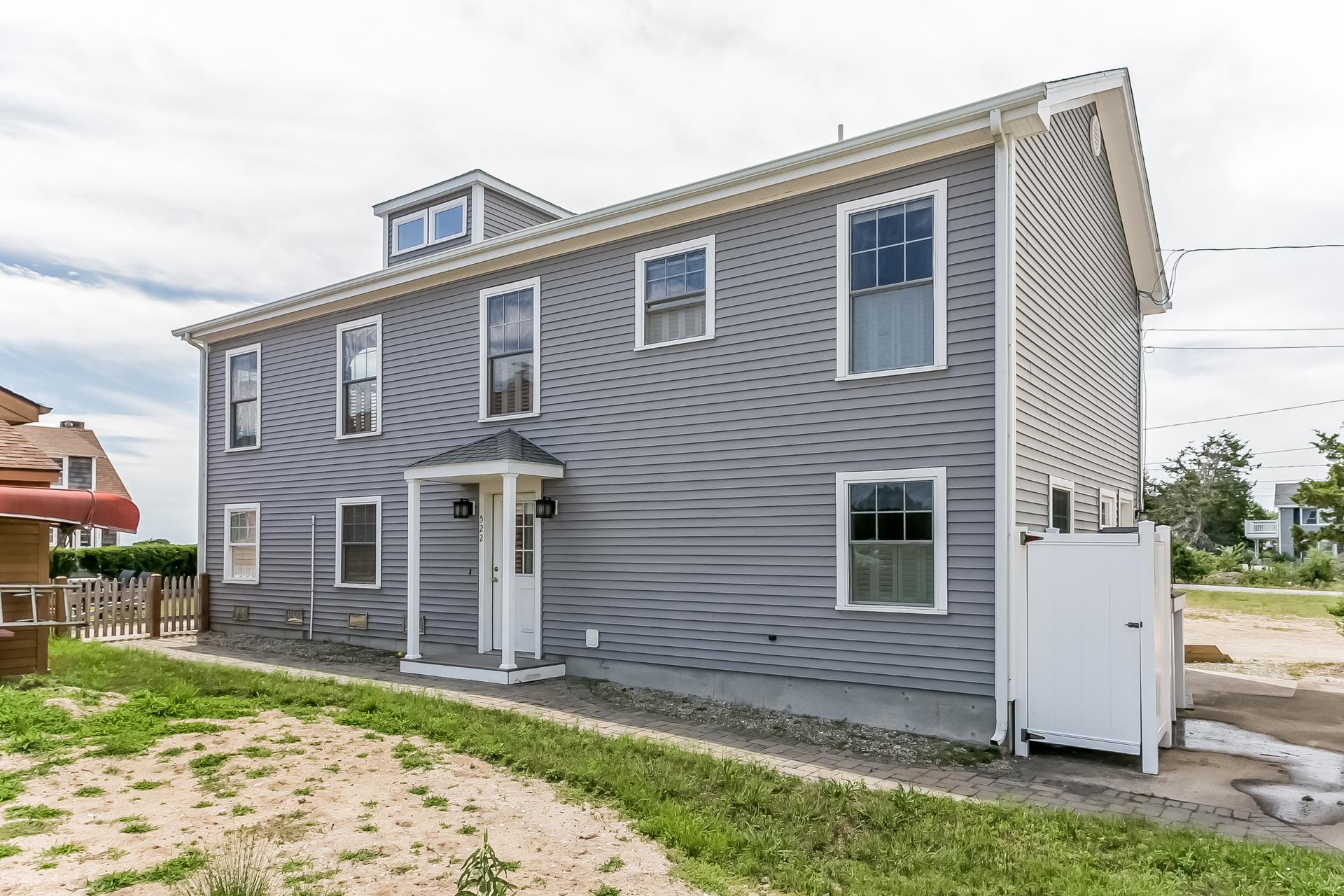 Casa para uma família para Venda às 522 Seaside Ave Westbrook, Connecticut, 06498 Estados Unidos