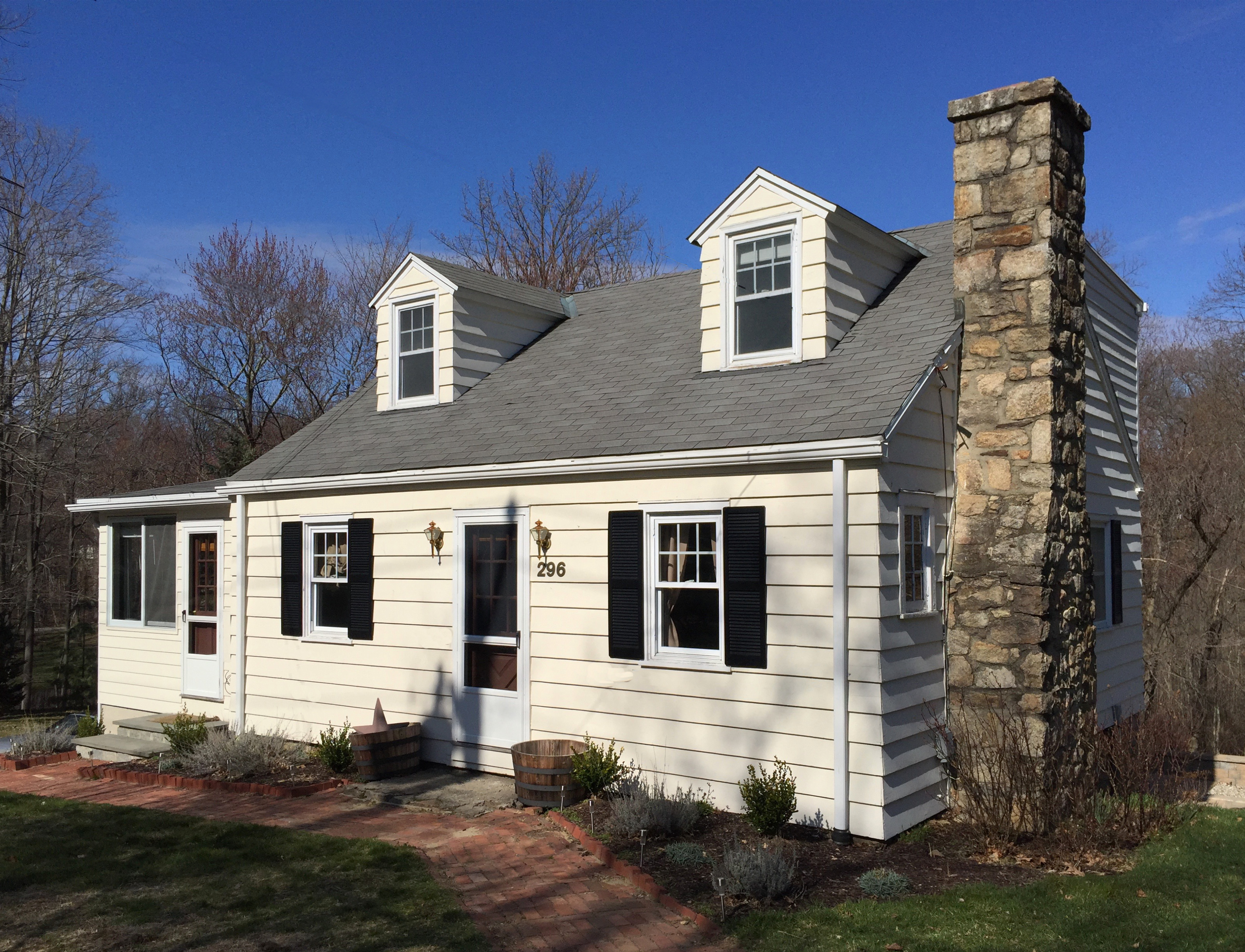 Single Family Home for Sale at Charming Cape 296 Belden Hill Road Wilton, Connecticut, 06897 United States