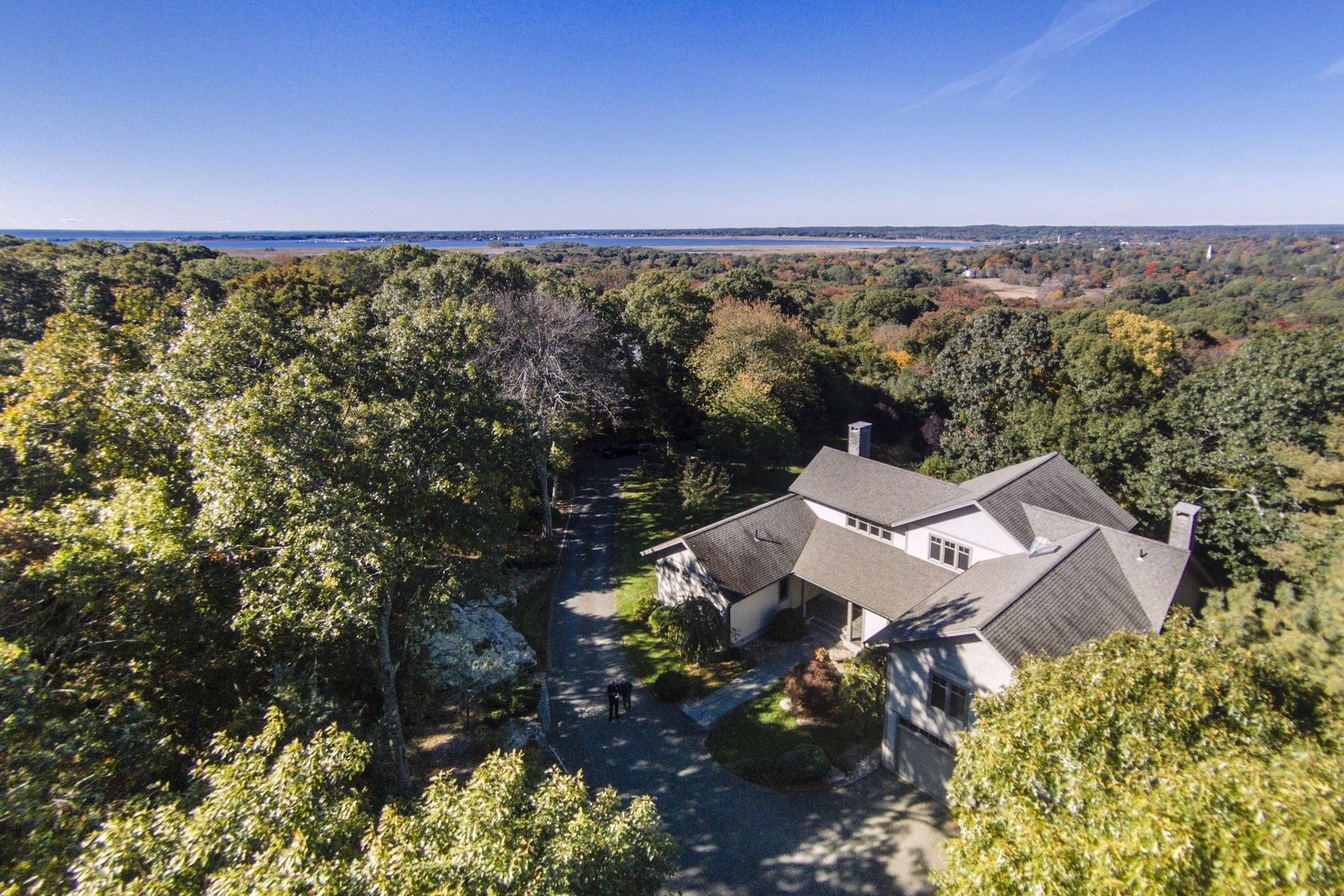 Casa Unifamiliar por un Venta en A Masterpiece in Old Lyme! 13 Meetinghouse Ln Old Lyme, Connecticut, 06371 Estados Unidos
