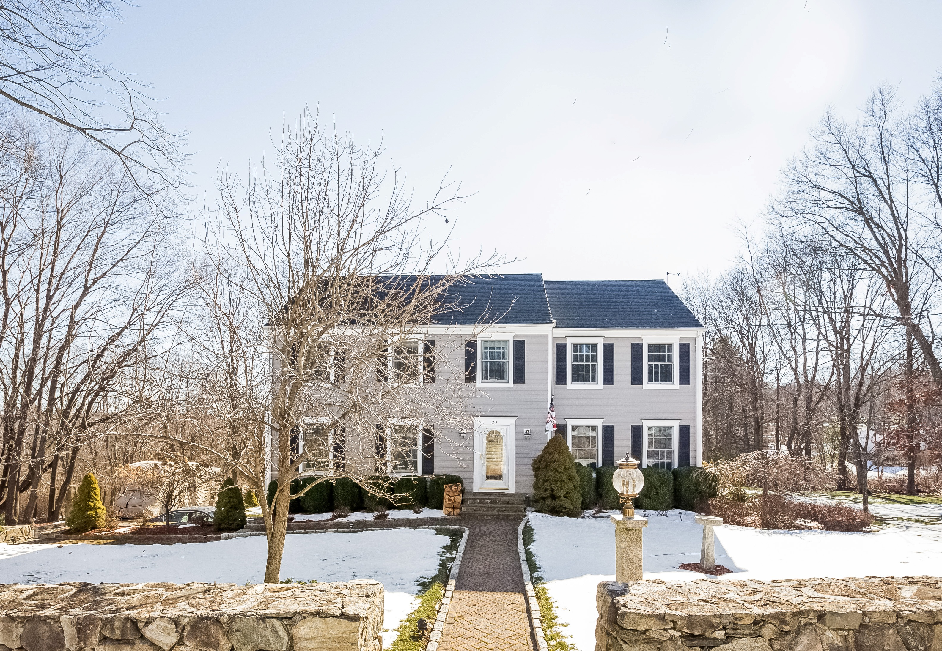 Single Family Home for Sale at Desirable Southern Ridgefield 20 Soundview Road Ridgefield, Connecticut 06877 United States