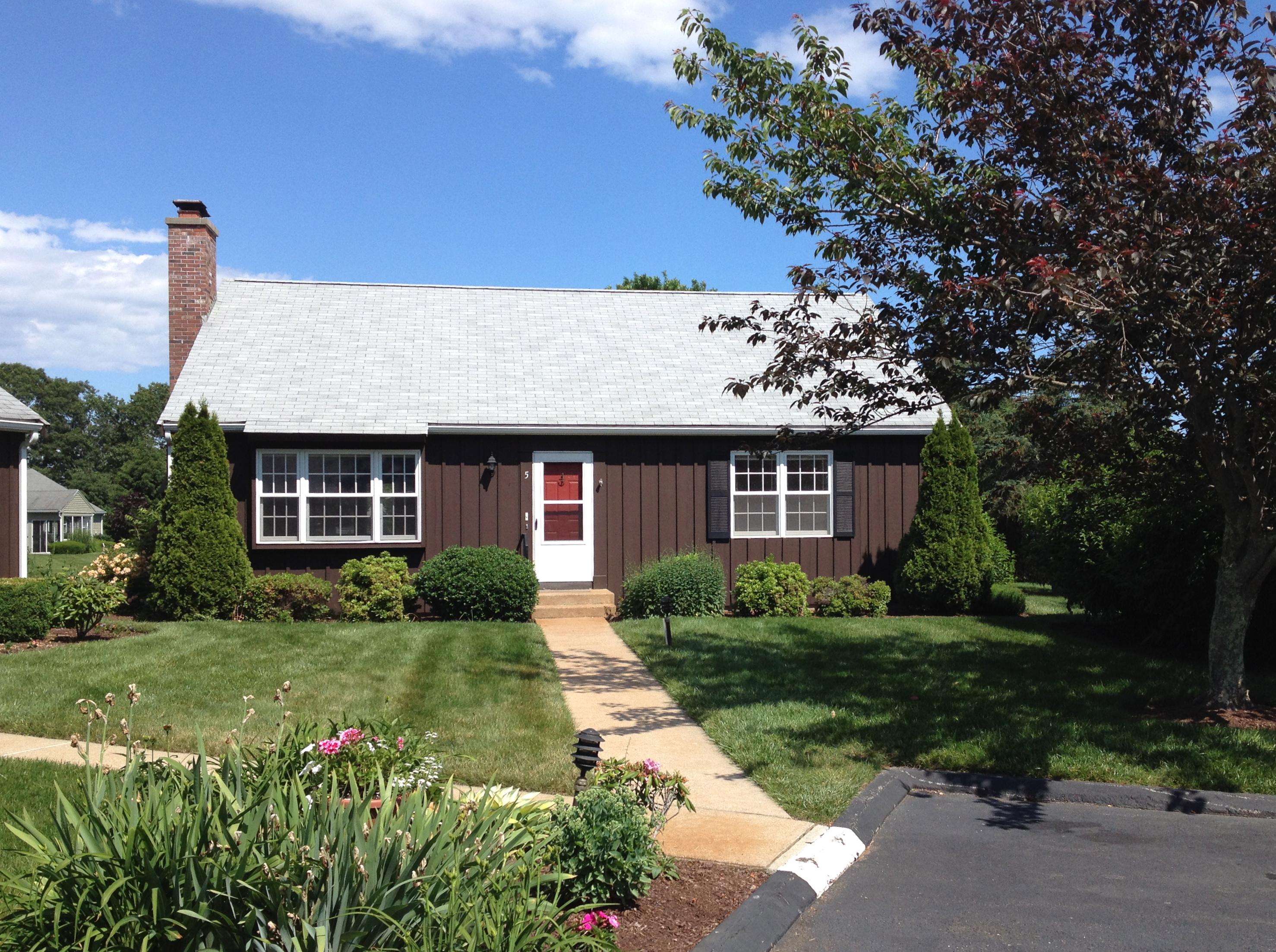 Casa Unifamiliar por un Venta en 5 Thelbridge St 5 Thelbridge St 5 Madison, Connecticut 06443 Estados Unidos
