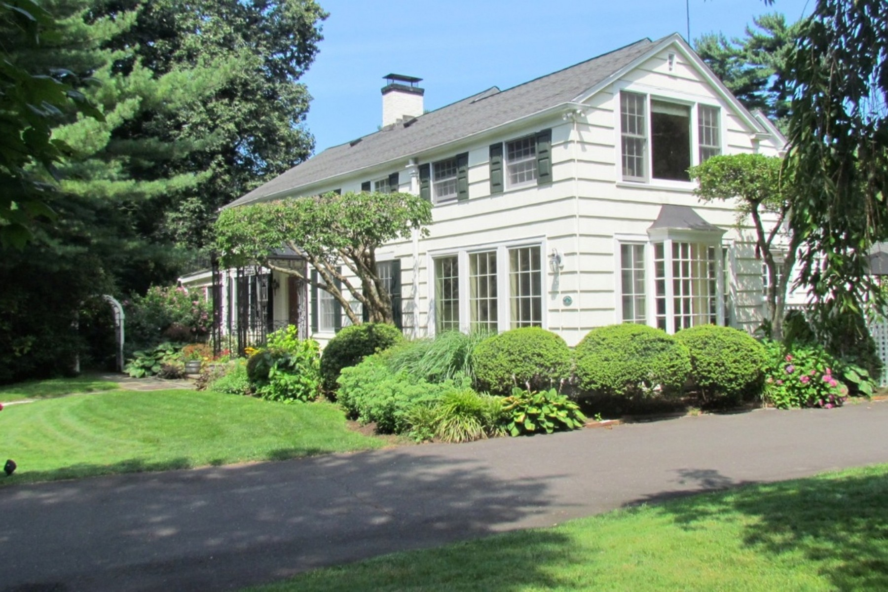 Property For Sale at Classic Estate