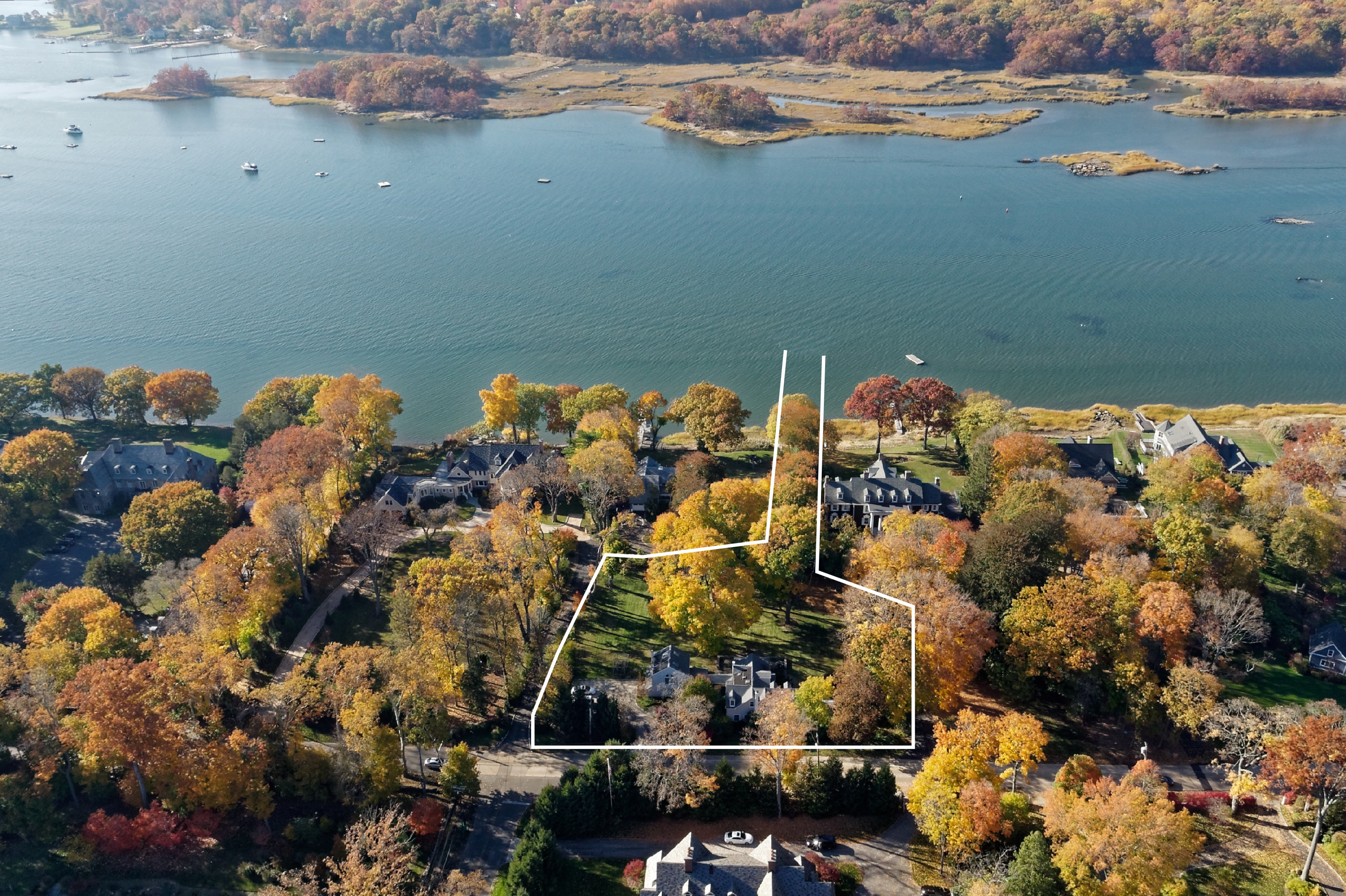Single Family Home for Sale at 210 Stuyvesant Avenue Rye, New York, 10580 United States