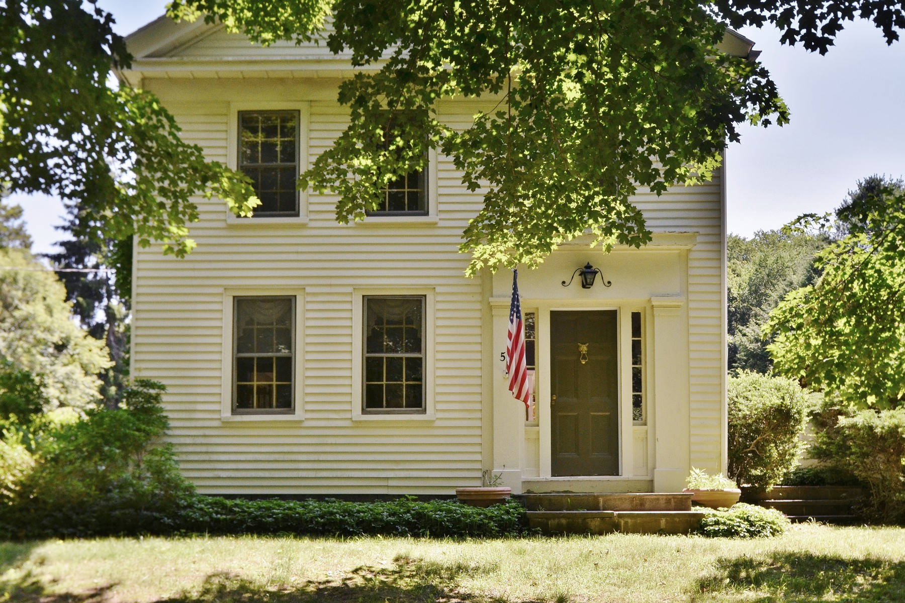 Single Family Home for Sale at Charming Antique Light Filled Home 55 Sill Ln Old Lyme, Connecticut 06371 United States