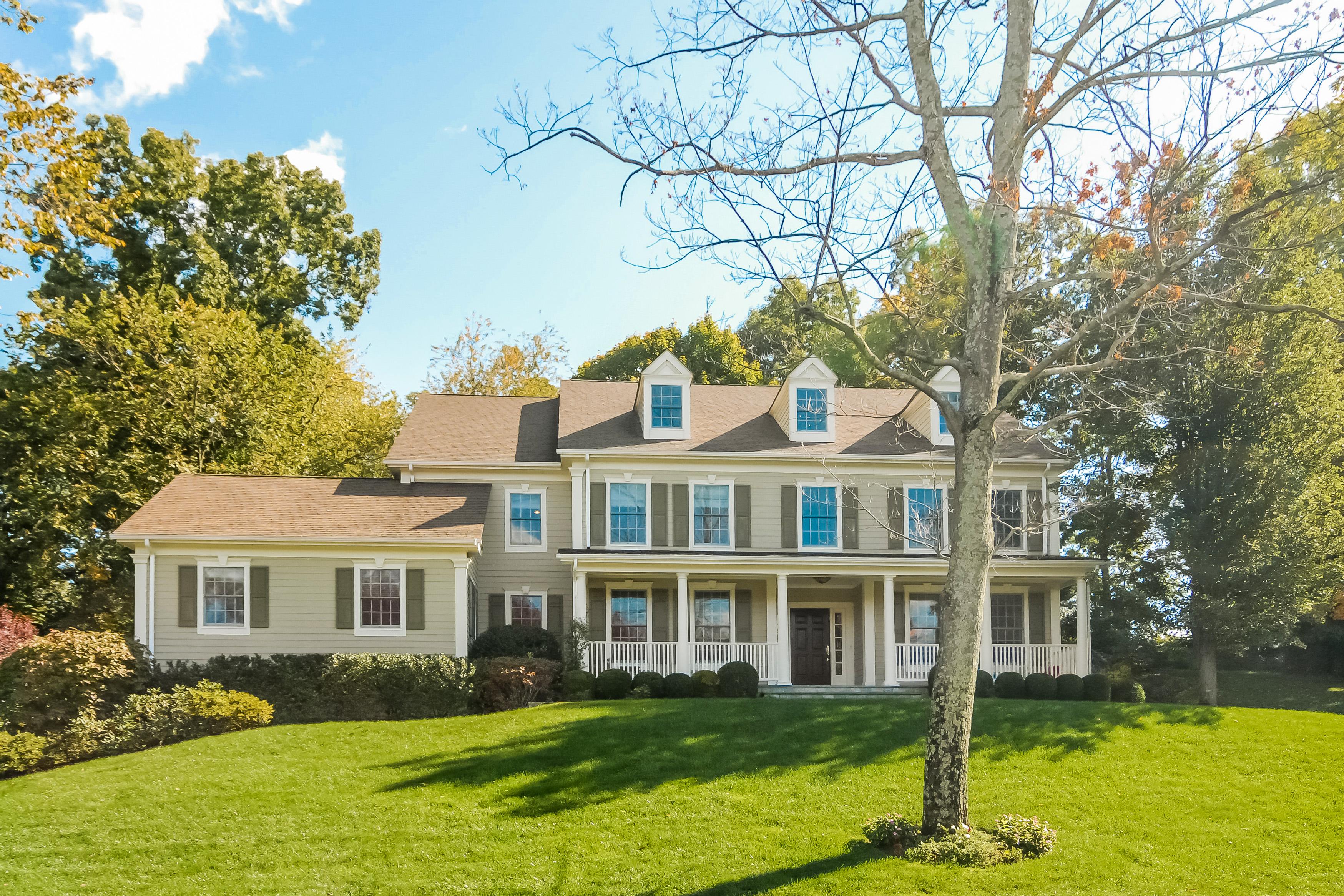 独户住宅 为 销售 在 4 Augusta Court Purchase, 纽约州 10577 美国
