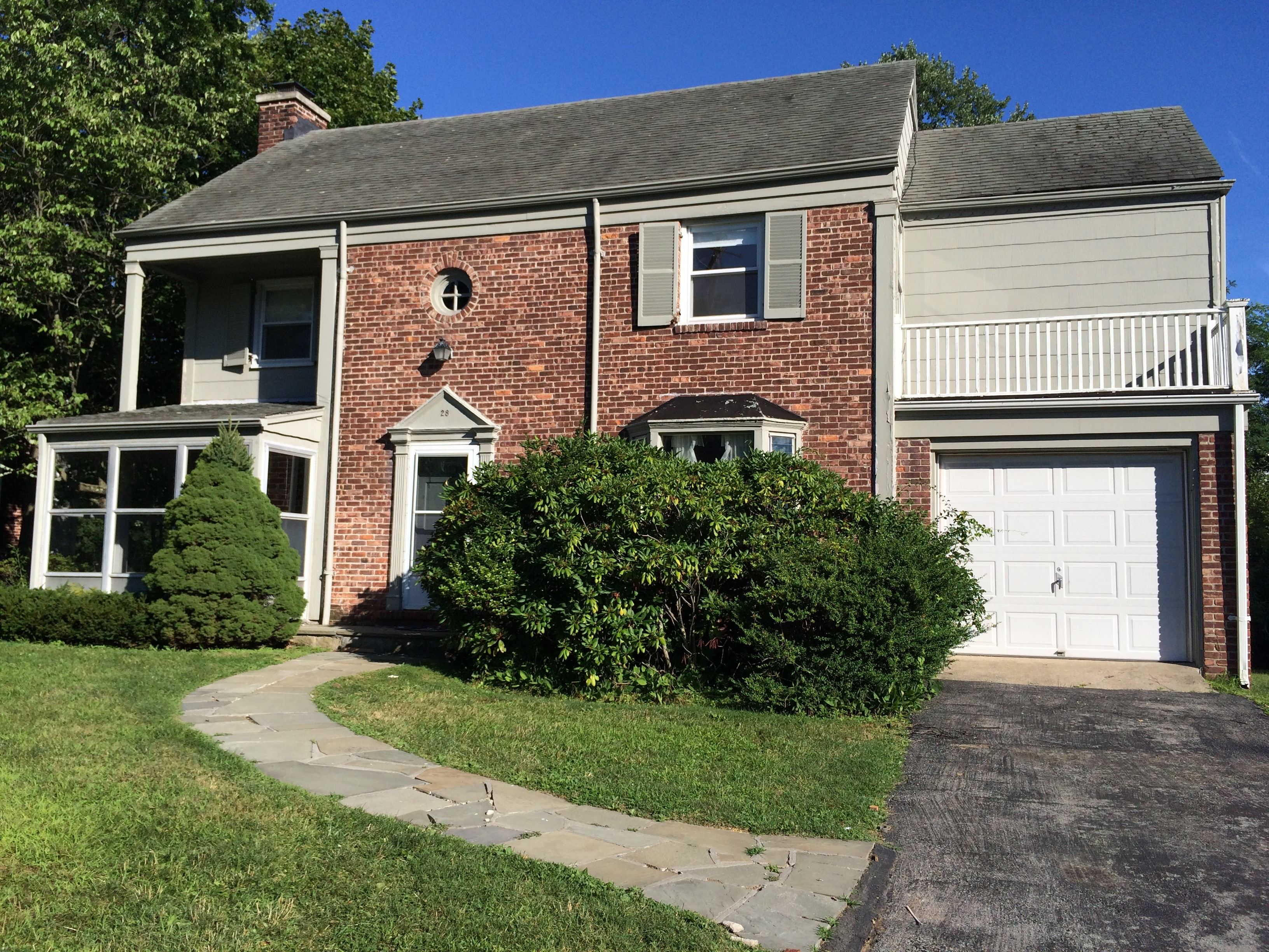 Single Family Home for Sale at Scarsdale Colonial 28 Lawrence Road Scarsdale, New York, 10583 United States