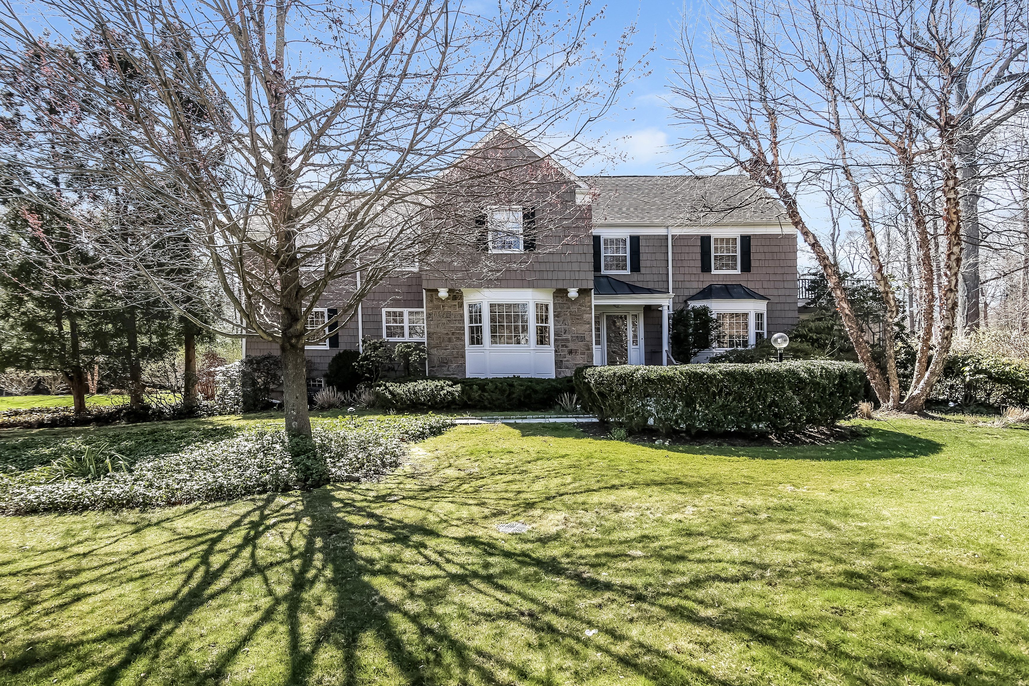 sales property at 16 Indian Trail