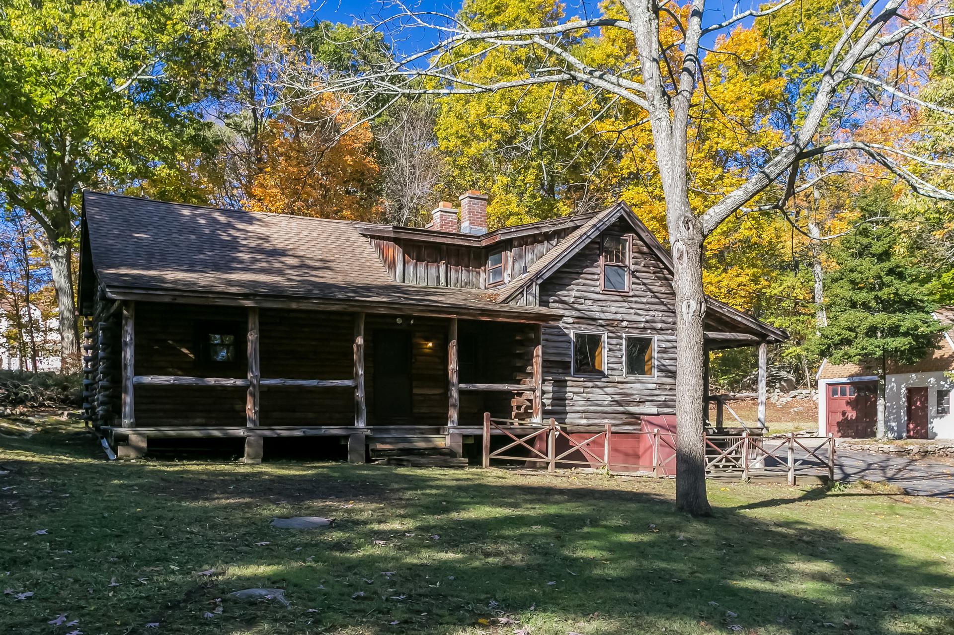 Maison unifamiliale pour l Vente à 7 Old New England Rd Branford, Connecticut, 06405 États-Unis