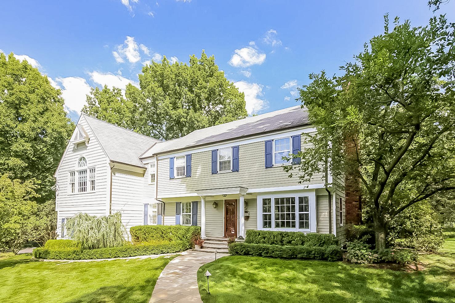 Casa para uma família para Venda às 1 Heritage Lane Rye, Nova York 10580 Estados Unidos