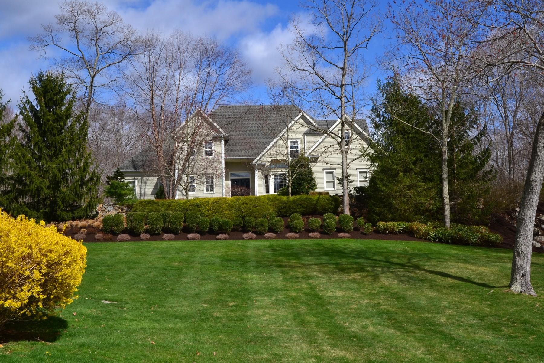 Einfamilienhaus für Verkauf beim Sophisticated Home 84 Lords Highway East Weston, Connecticut 06883 Vereinigte Staaten