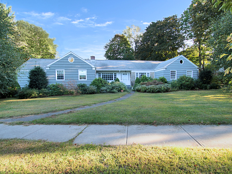 Single Family Home for Sale at Spacious Ranch with In-Law, Featuring Views of Brooklawn Country Club 19 Collingwood Avenue Fairfield, Connecticut 06825 United States