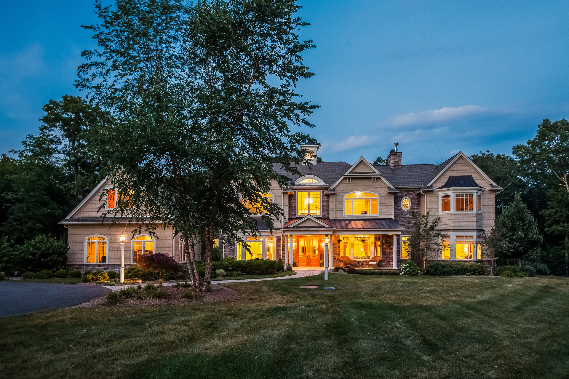 Casa Unifamiliar por un Venta en Exquisite Custom Built Home on 6+ Acres 91 Half Mile Rd Guilford, Connecticut, 06437 Estados Unidos