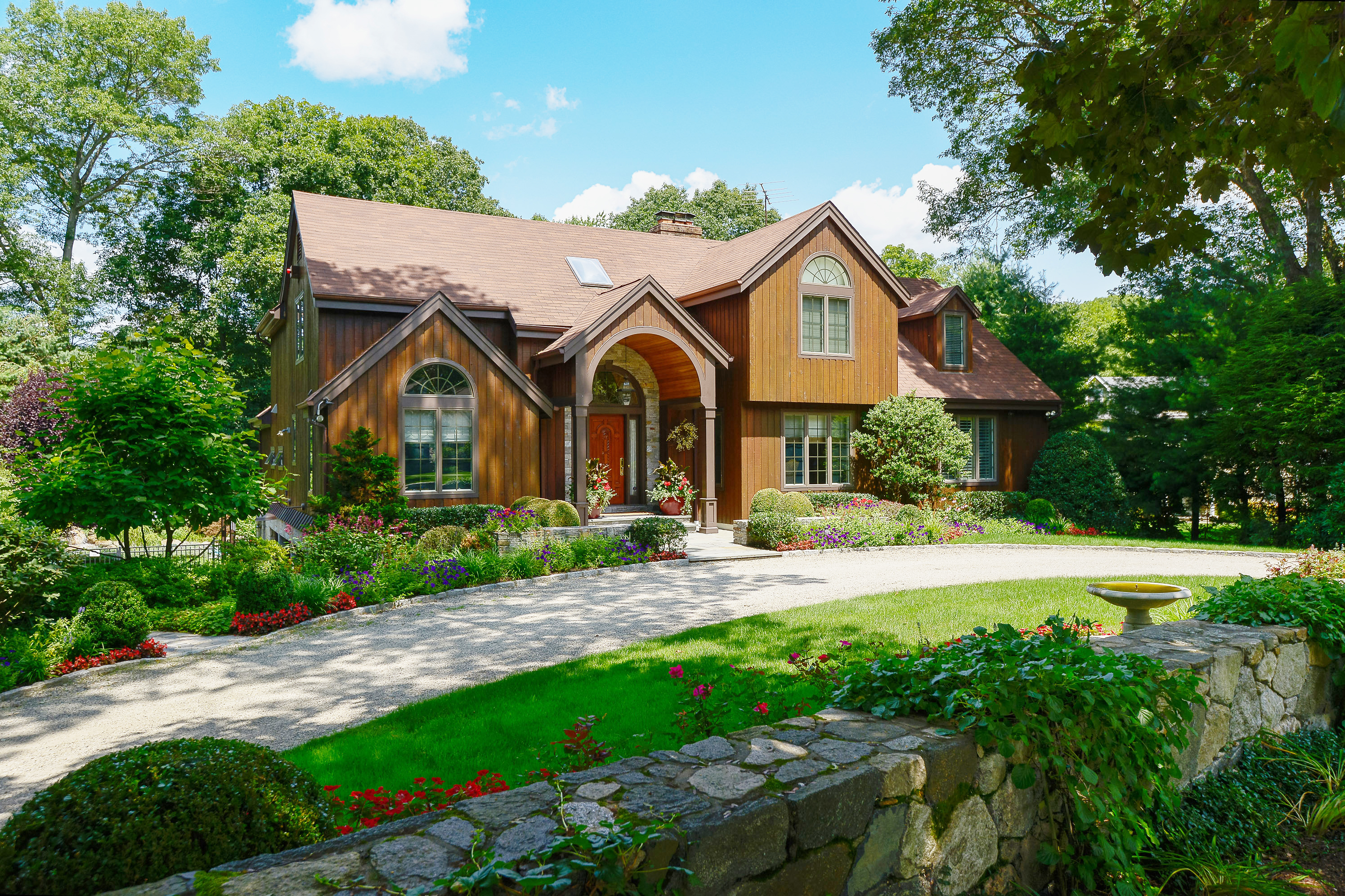Property For Sale at Spectacular Colonial