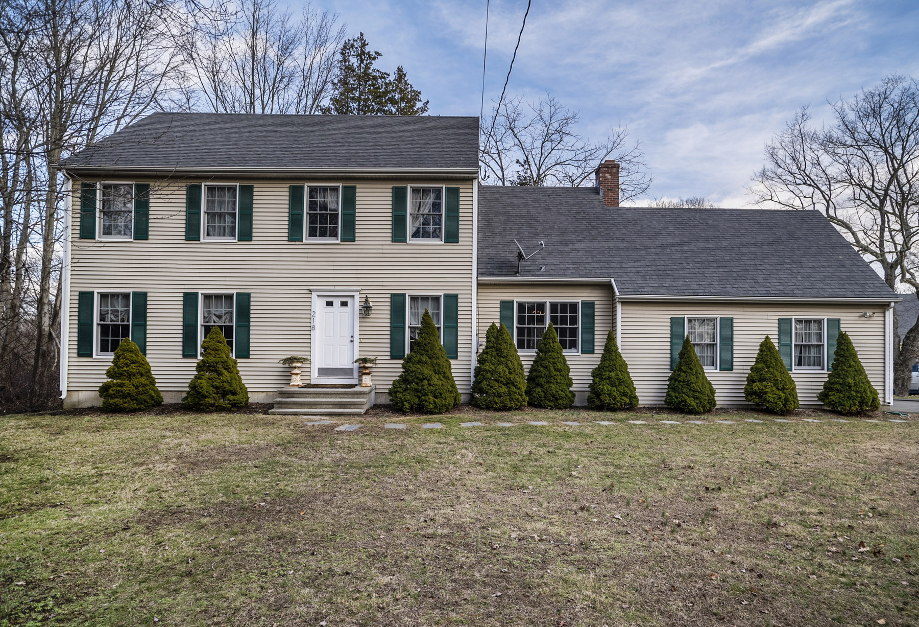 Single Family Home for Sale at 218 Fort Path Rd Madison, Connecticut, 06443 United States