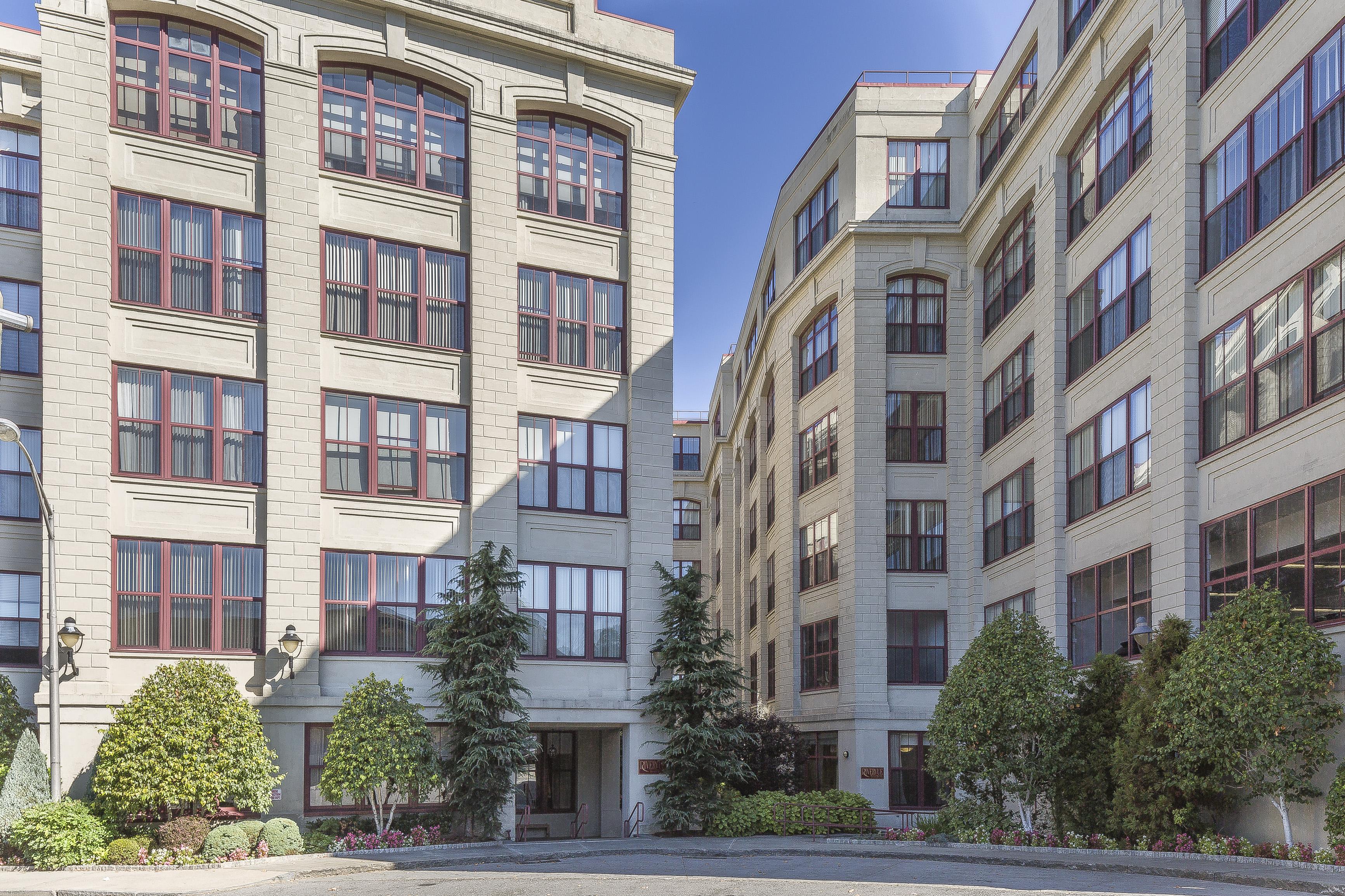 Eigentumswohnung für Verkauf beim Loft Style Living 1 Scarsdale Road 612 Tuckahoe, New York, 10707 Vereinigte Staaten