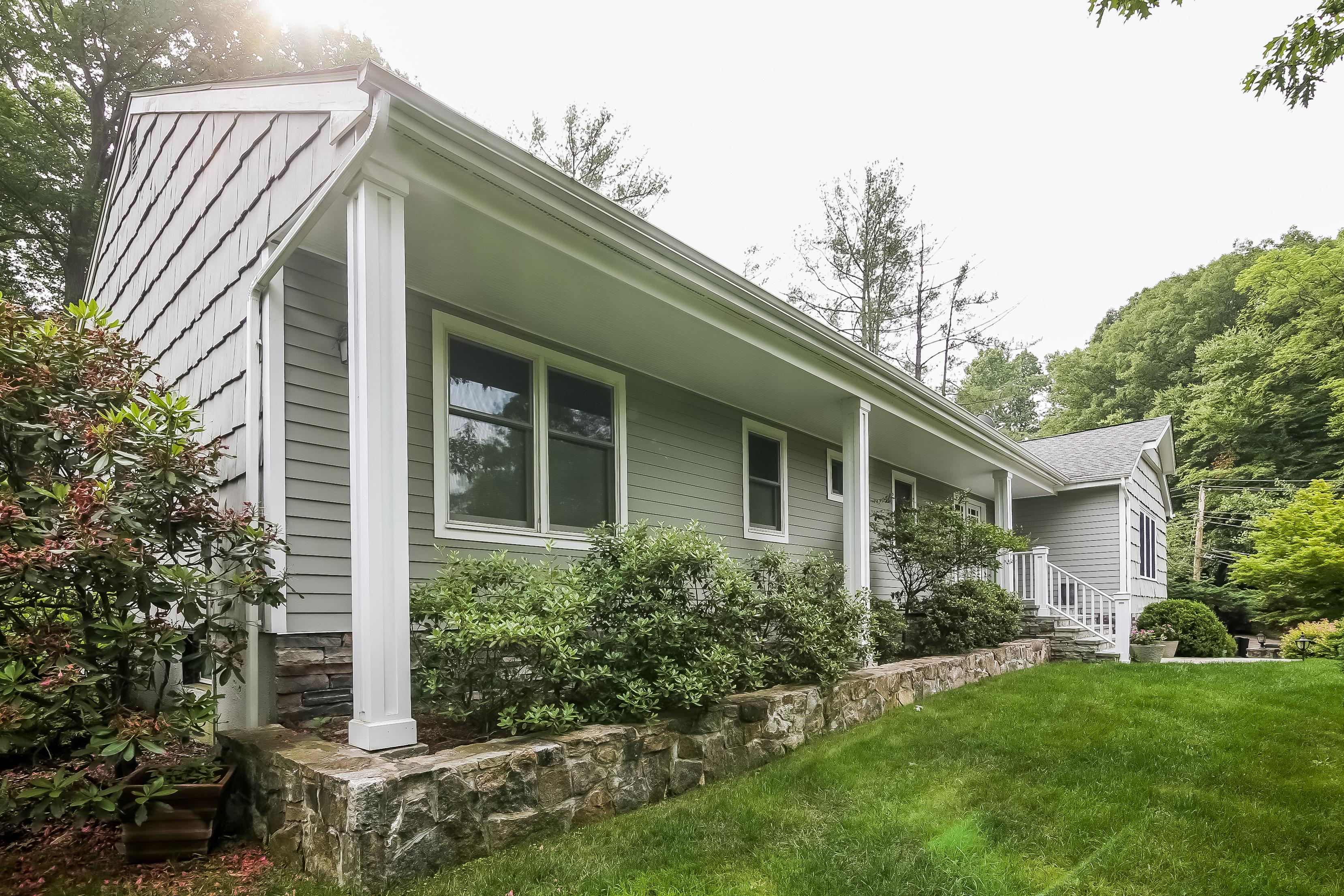 sales property at 6 Oakmont Drive