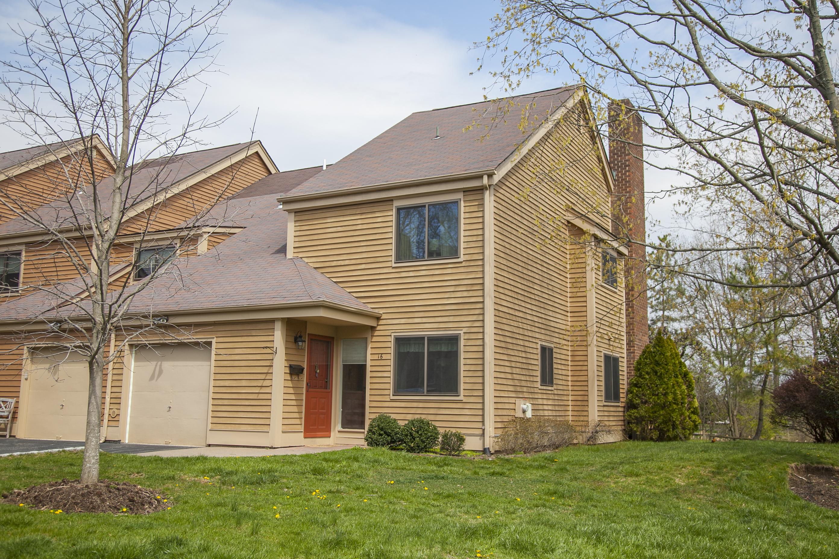 Stadthaus für Verkauf beim 16 Bayberry Lane Rye Brook, New York, 10573 Vereinigte Staaten