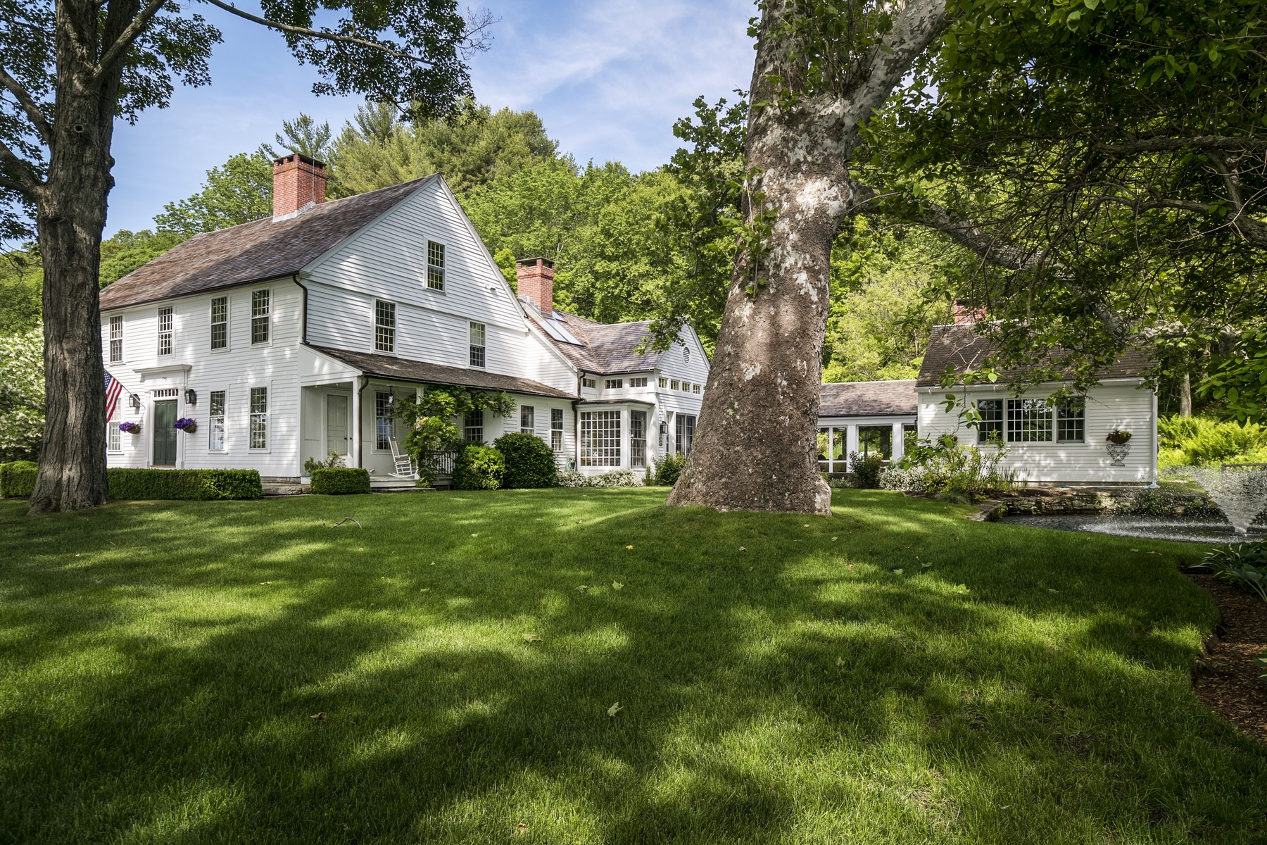 Single Family Home for Sale at Gracious 18th Century Residence 551 Hamburg Rd Lyme, Connecticut 06371 United States
