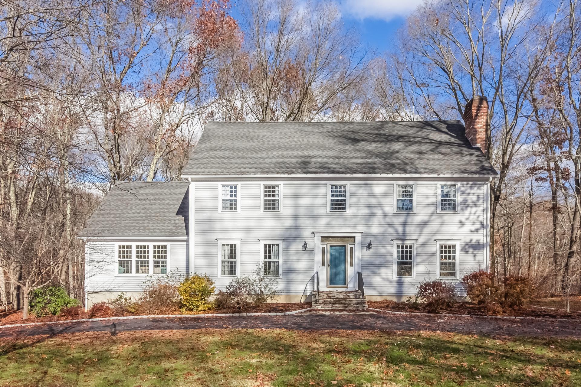 Einfamilienhaus für Verkauf beim 82 Madison Springs Dr Madison, Connecticut, 06443 Vereinigte Staaten