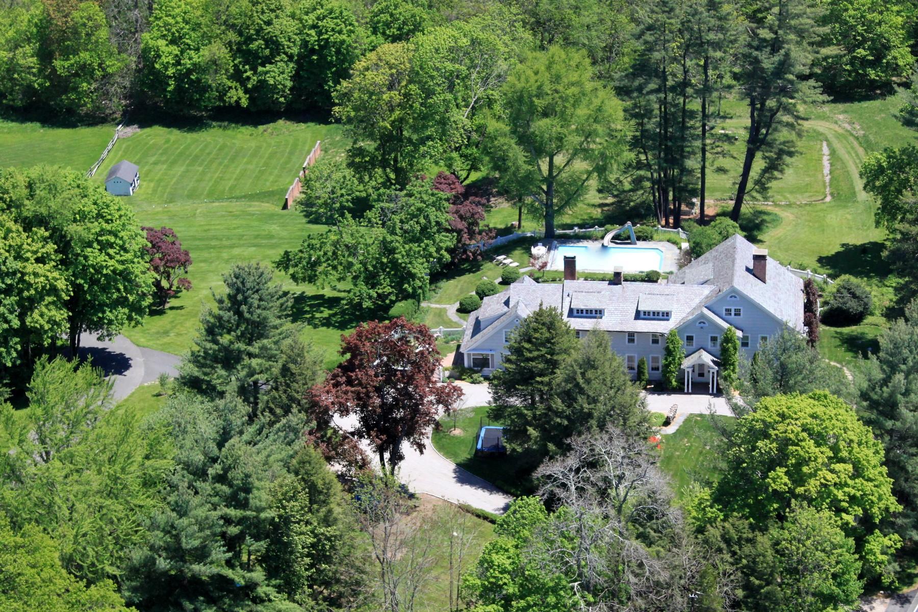 Villa per Vendita alle ore A Rare Equestrian Treasure 550 Ridgefield Road Wilton, Connecticut 06897 Stati Uniti