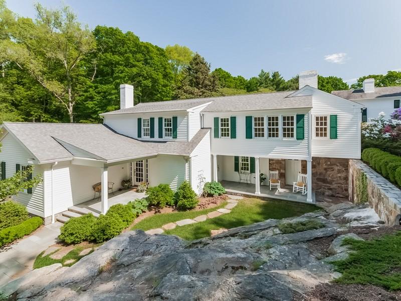 Einfamilienhaus für Verkauf beim Totoket Rd 114 Totoket Rd Branford, Connecticut 06405 Vereinigte Staaten
