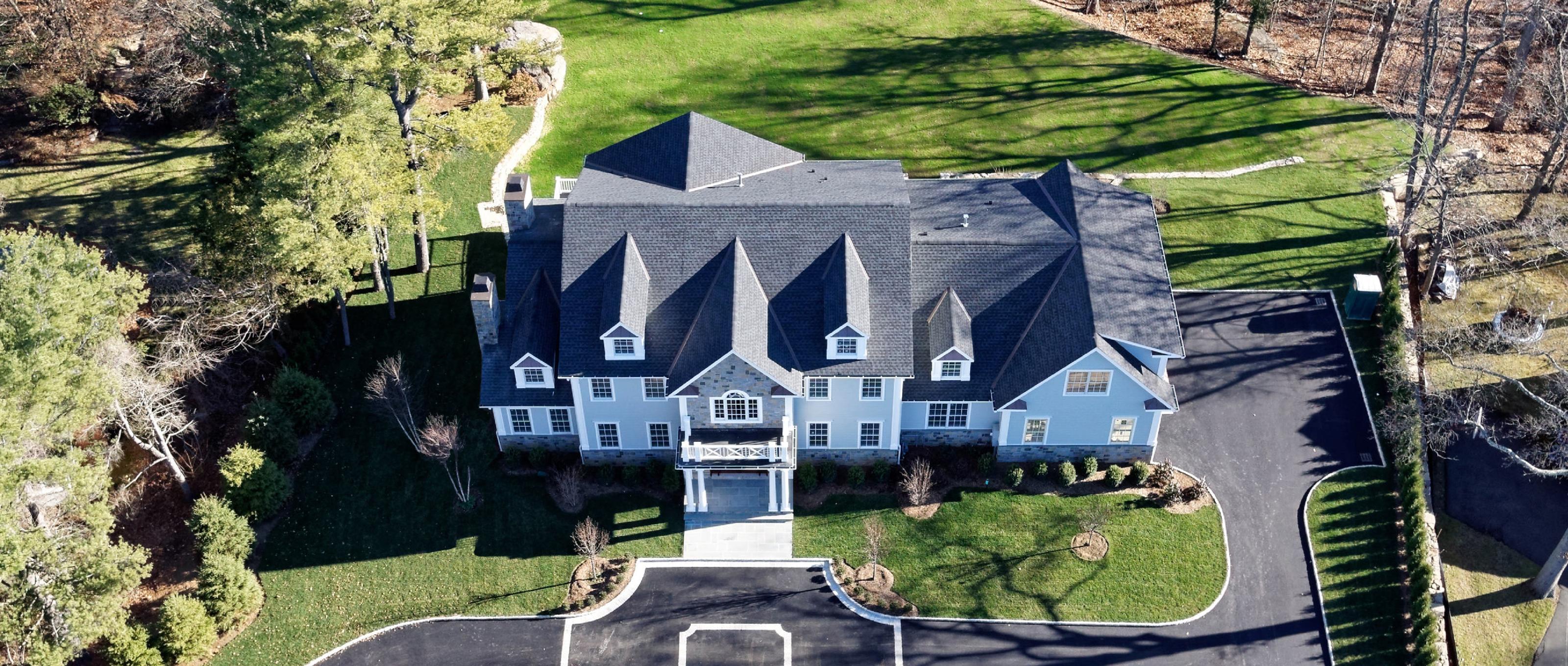 Einfamilienhaus für Verkauf beim 3 Century Trail Harrison, New York 10528 Vereinigte Staaten