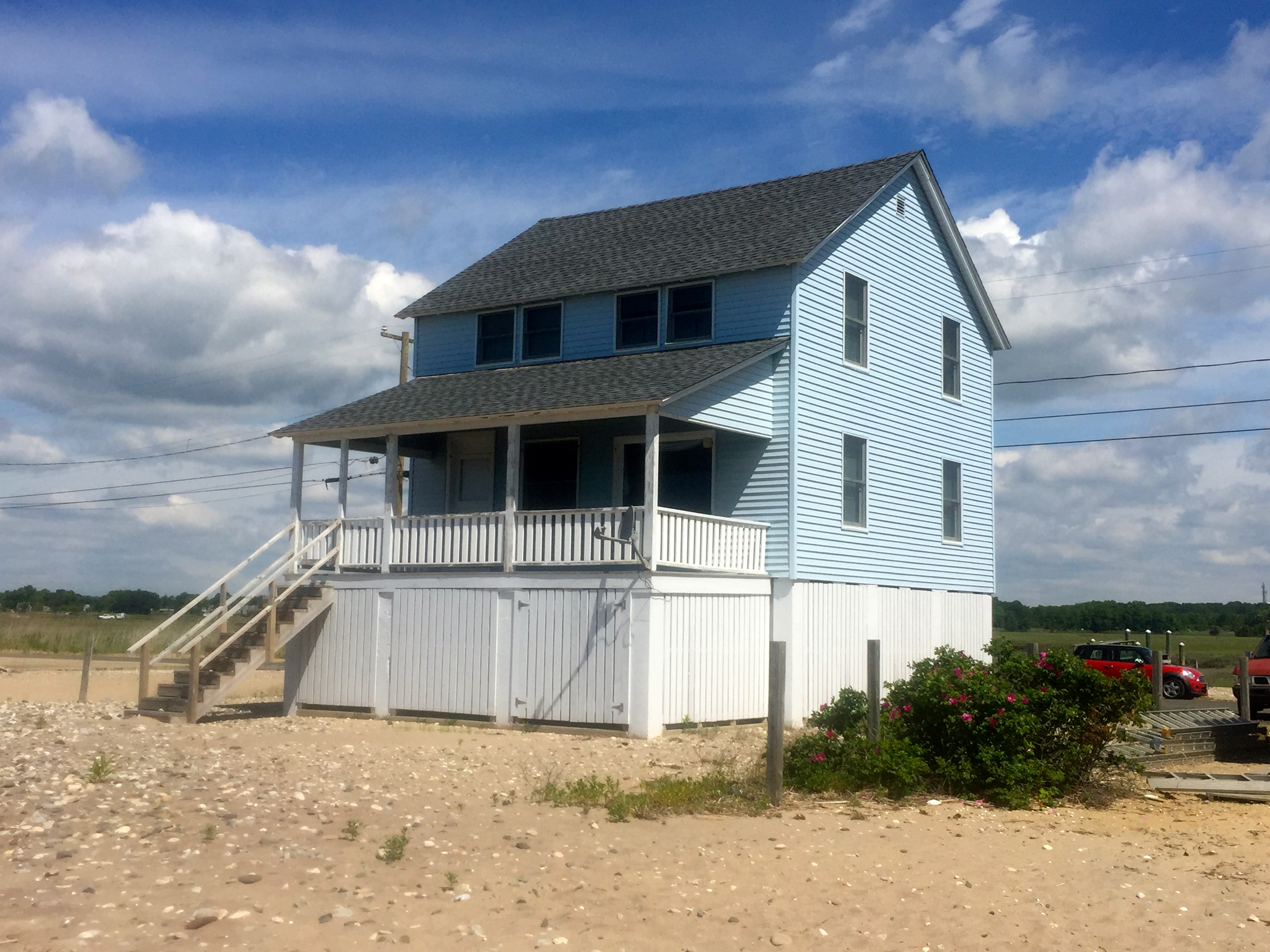 Single Family Home for Sale at 67 Circle Beach Rd Madison, Connecticut, 06443 United States