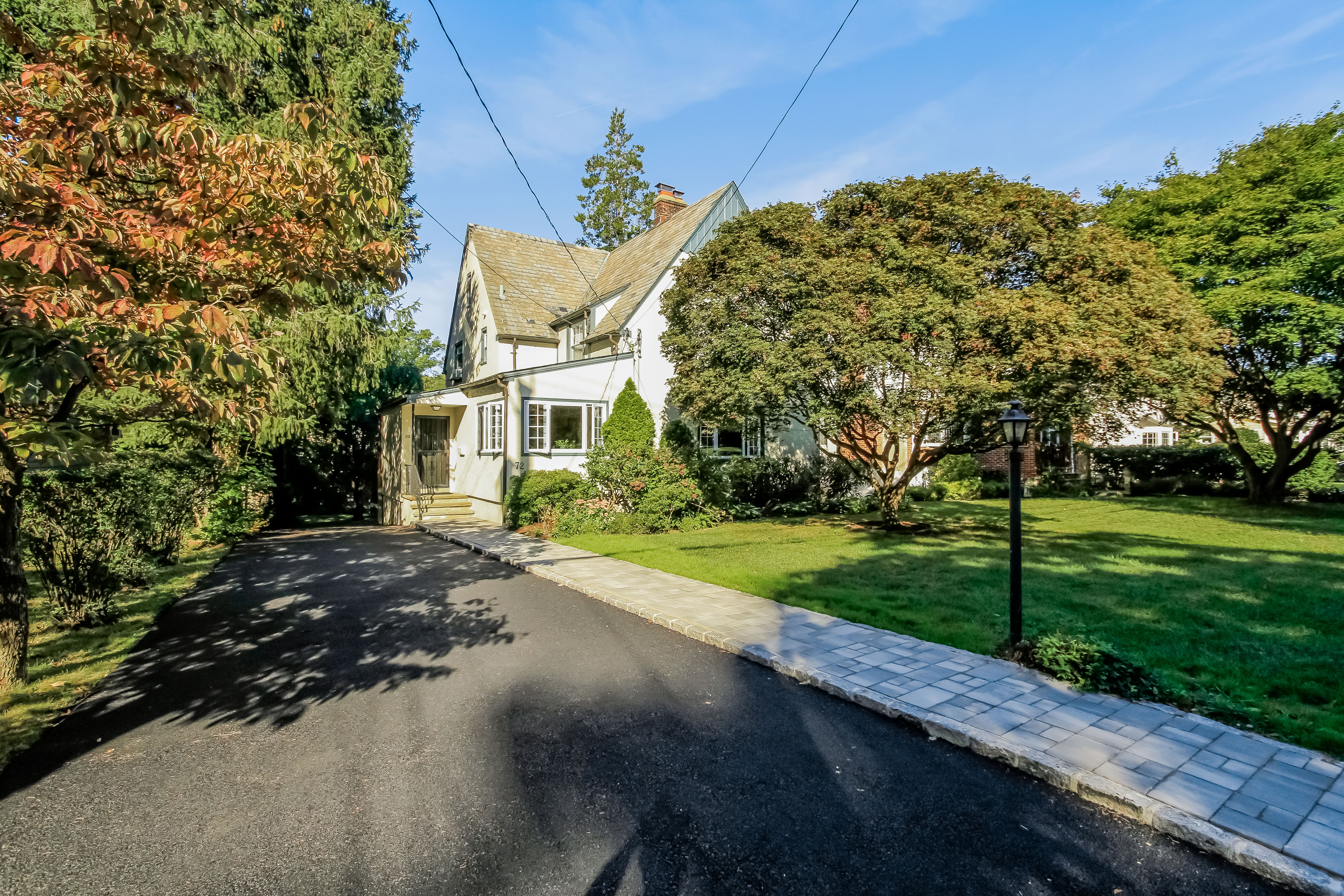 Single Family Home for Sale at 72 Tamarack Road Rye Brook, New York 10573 United States