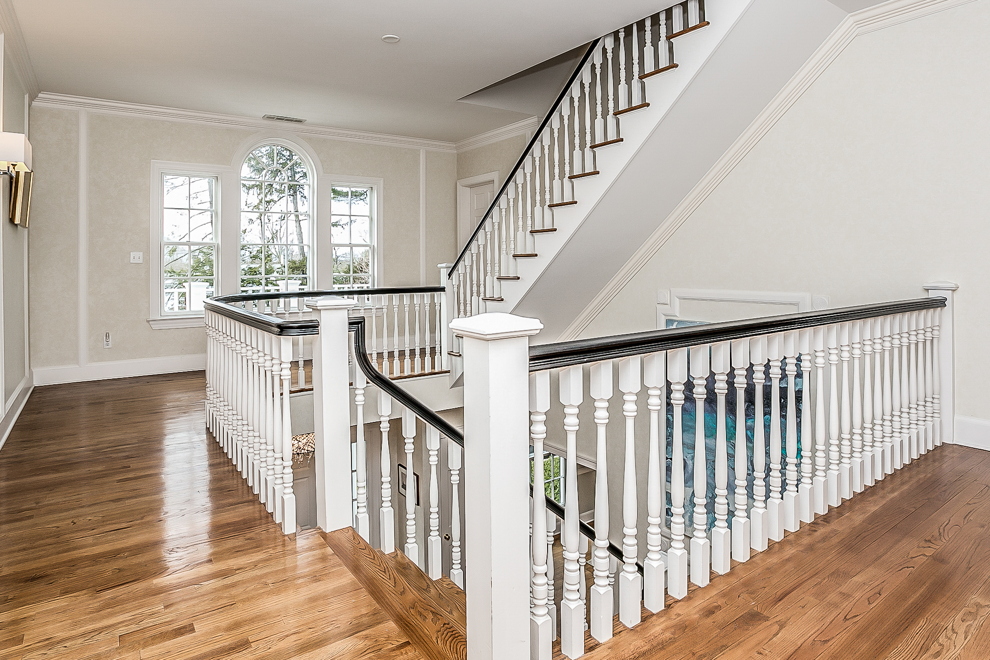 Additional photo for property listing at Magnificent Scarsdale Colonial 40 Morris Lane Scarsdale, New York 10583 United States