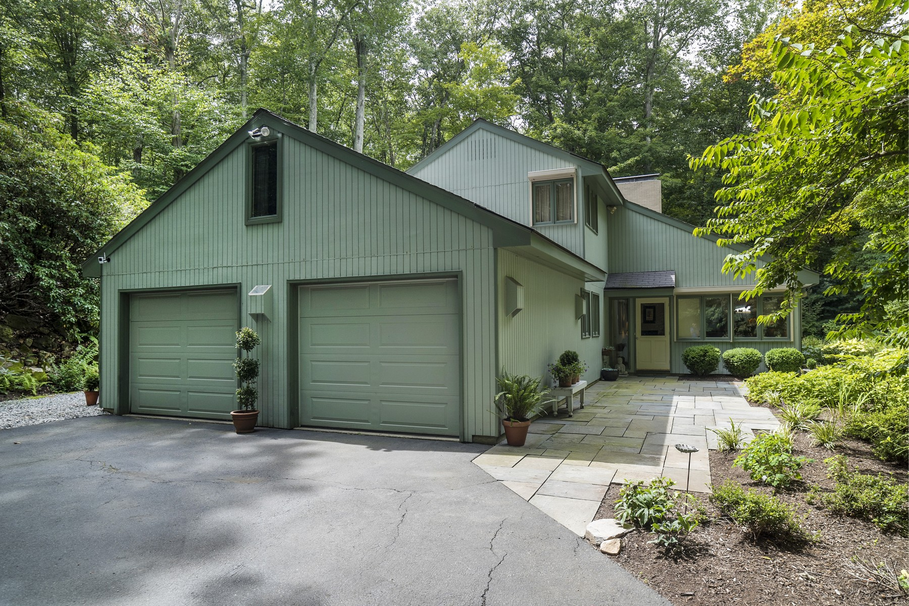 Single Family Home for Sale at Sited on Dramatic 3.92 Acres 70 Book Hill Rd Deep River, Connecticut 06417 United States